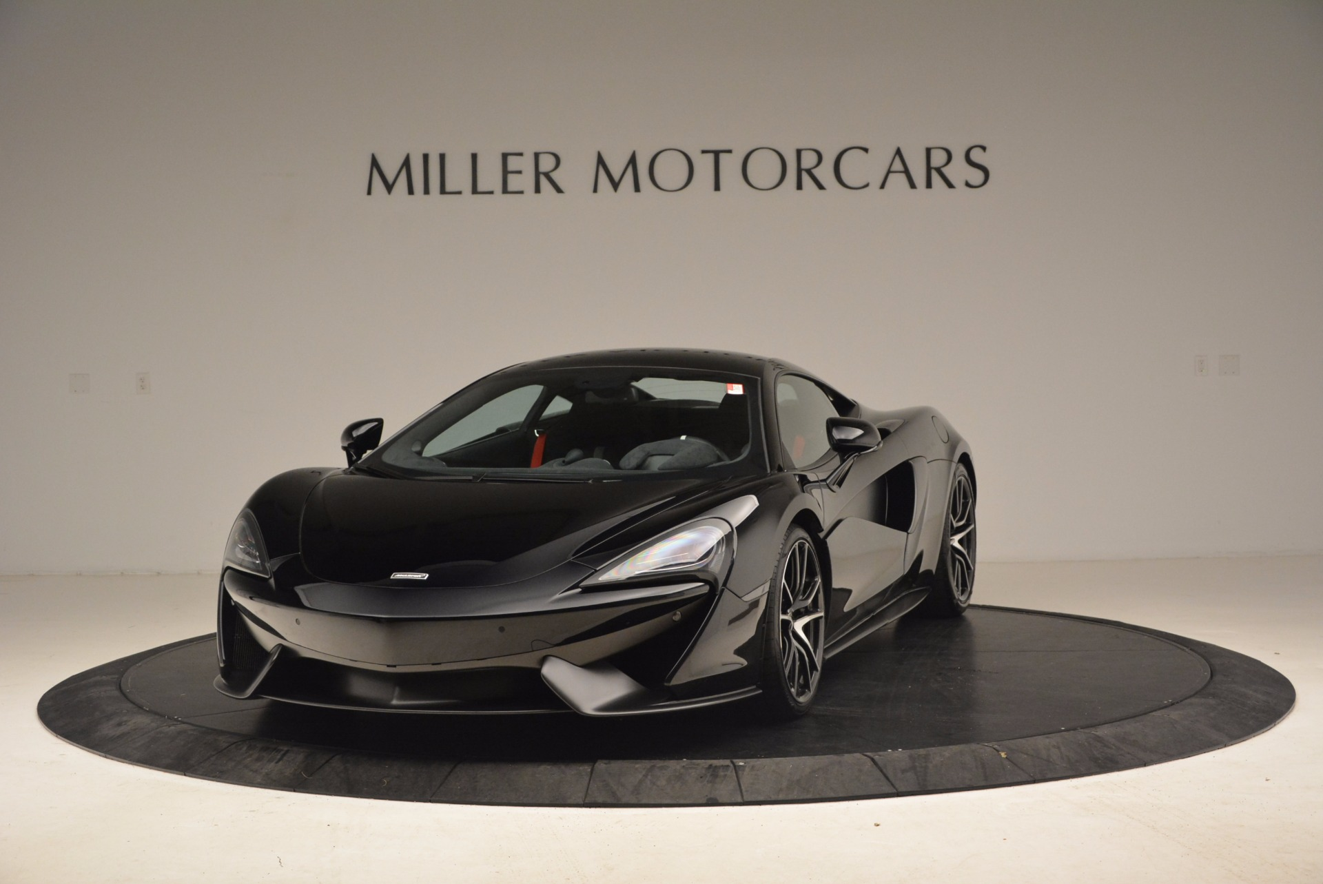 Used 2016 McLaren 570S  For Sale In Greenwich, CT 1645_main