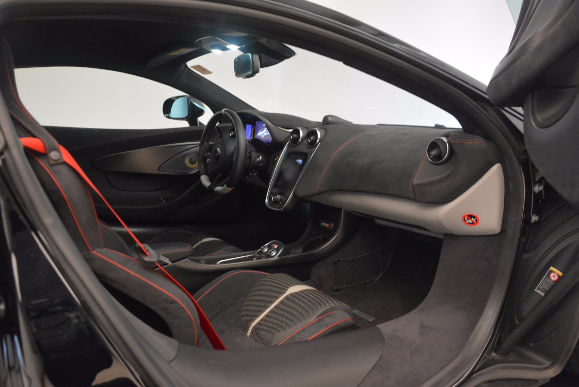Used 2016 McLaren 570S  For Sale In Greenwich, CT 1645_p20