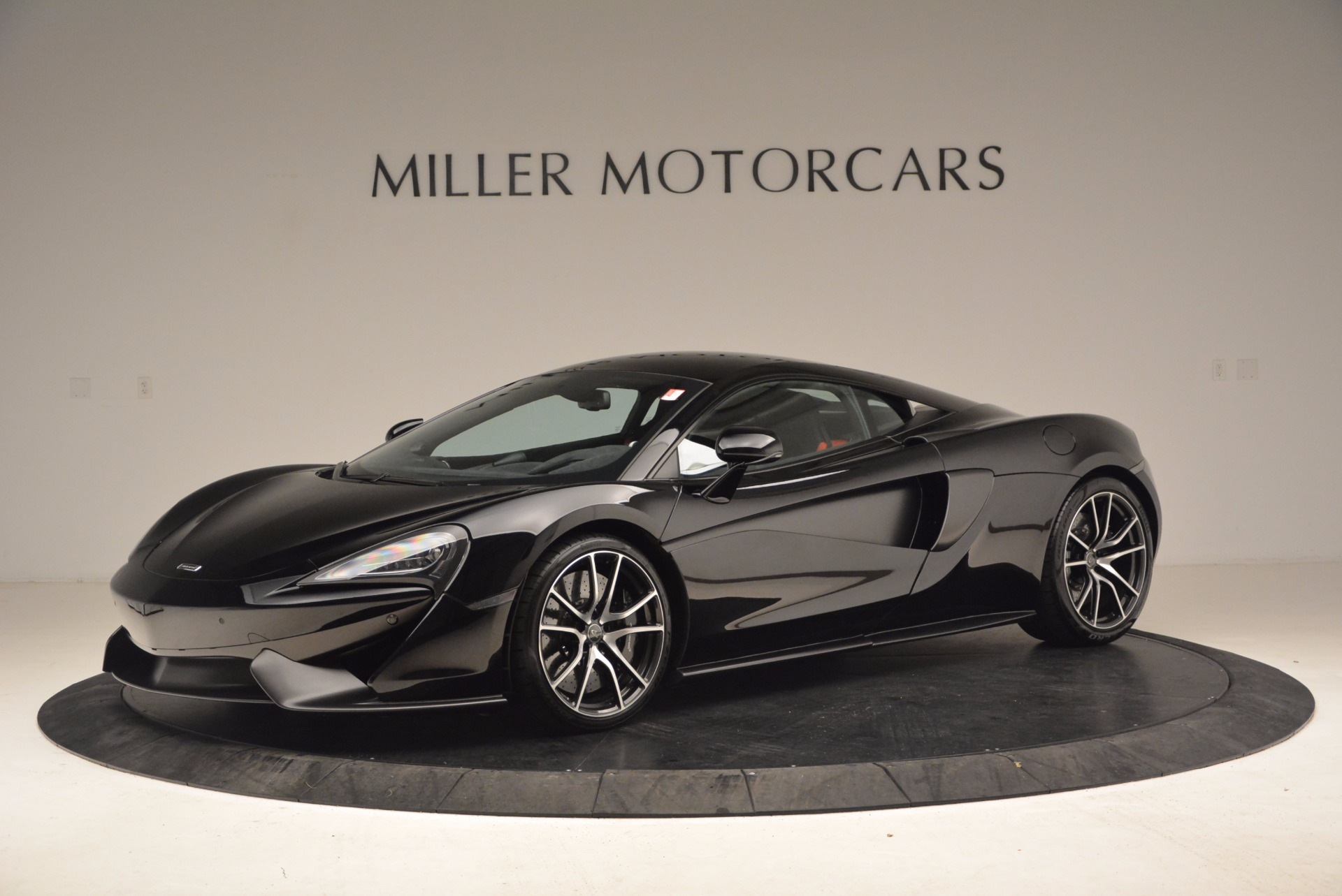 Used 2016 McLaren 570S  For Sale In Greenwich, CT 1645_p2
