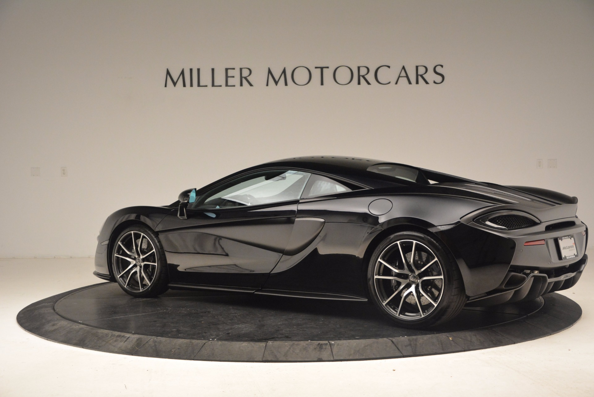 Used 2016 McLaren 570S  For Sale In Greenwich, CT 1645_p4