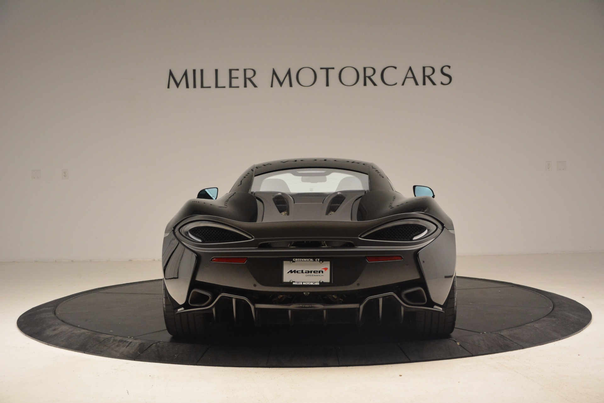 Used 2016 McLaren 570S  For Sale In Greenwich, CT 1645_p6