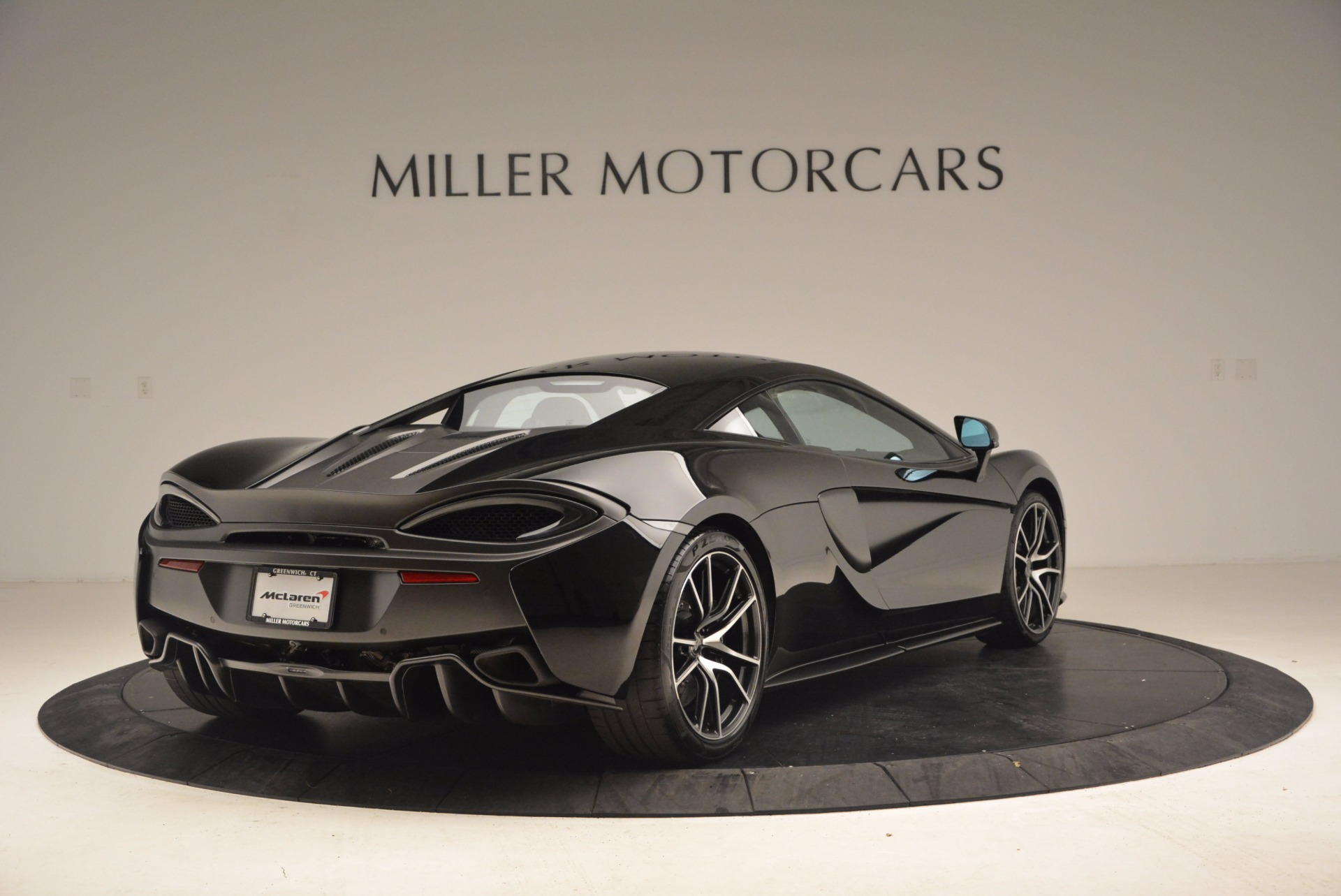 Used 2016 McLaren 570S  For Sale In Greenwich, CT 1645_p7
