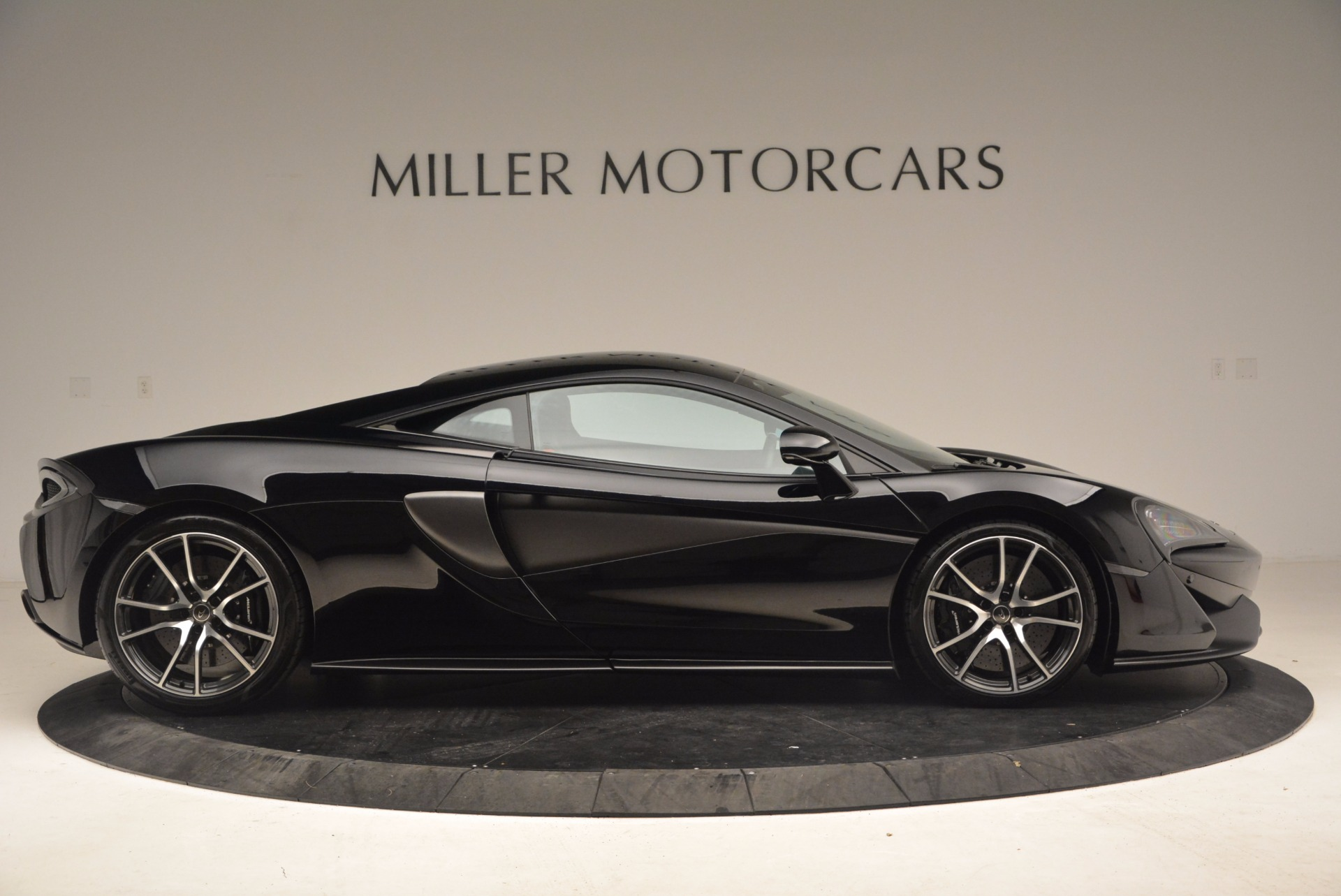 Used 2016 McLaren 570S  For Sale In Greenwich, CT 1645_p9