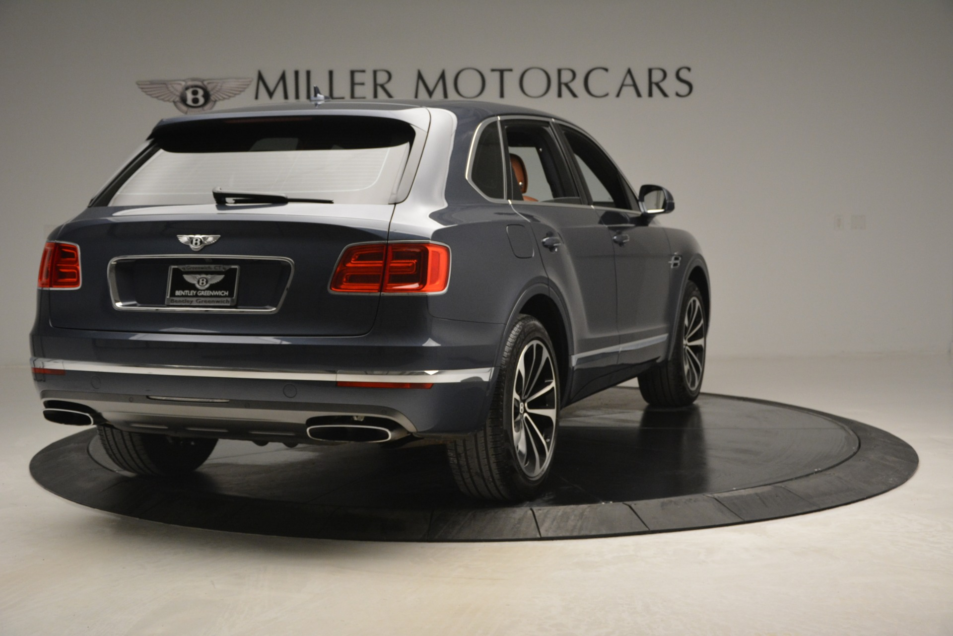 Used 2018 Bentley Bentayga Onyx For Sale In Greenwich, CT 1651_p7