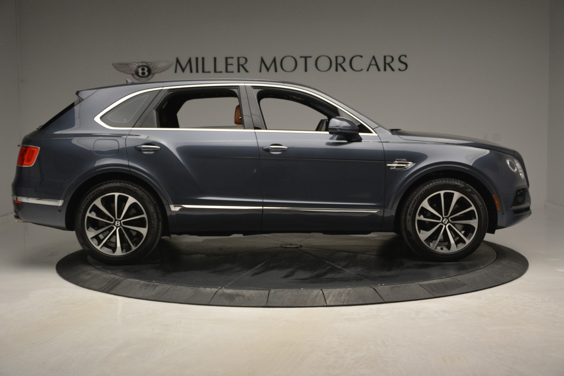 Used 2018 Bentley Bentayga Onyx For Sale In Greenwich, CT 1651_p9
