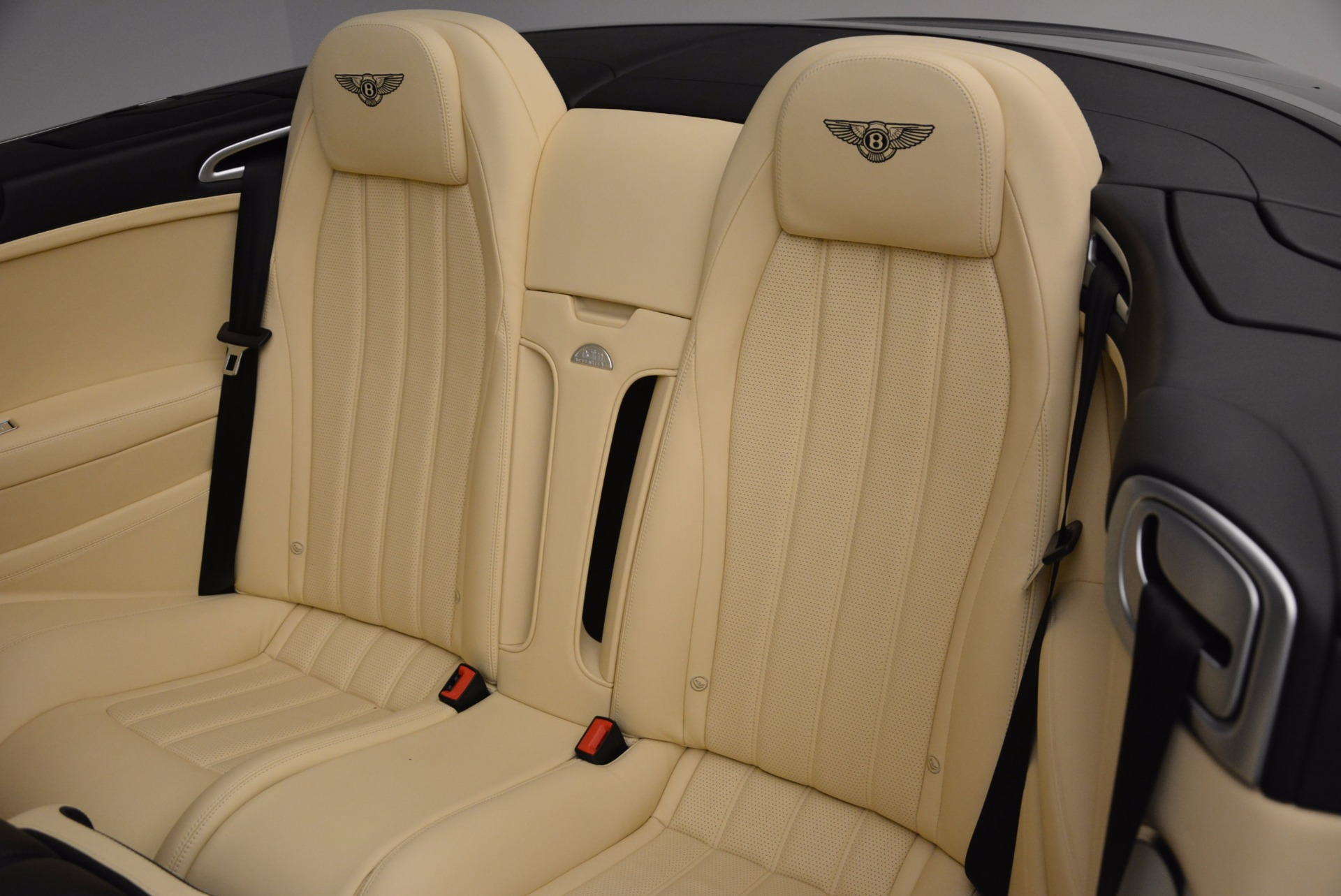 Used 2012 Bentley Continental GT W12 For Sale In Greenwich, CT 1656_p33