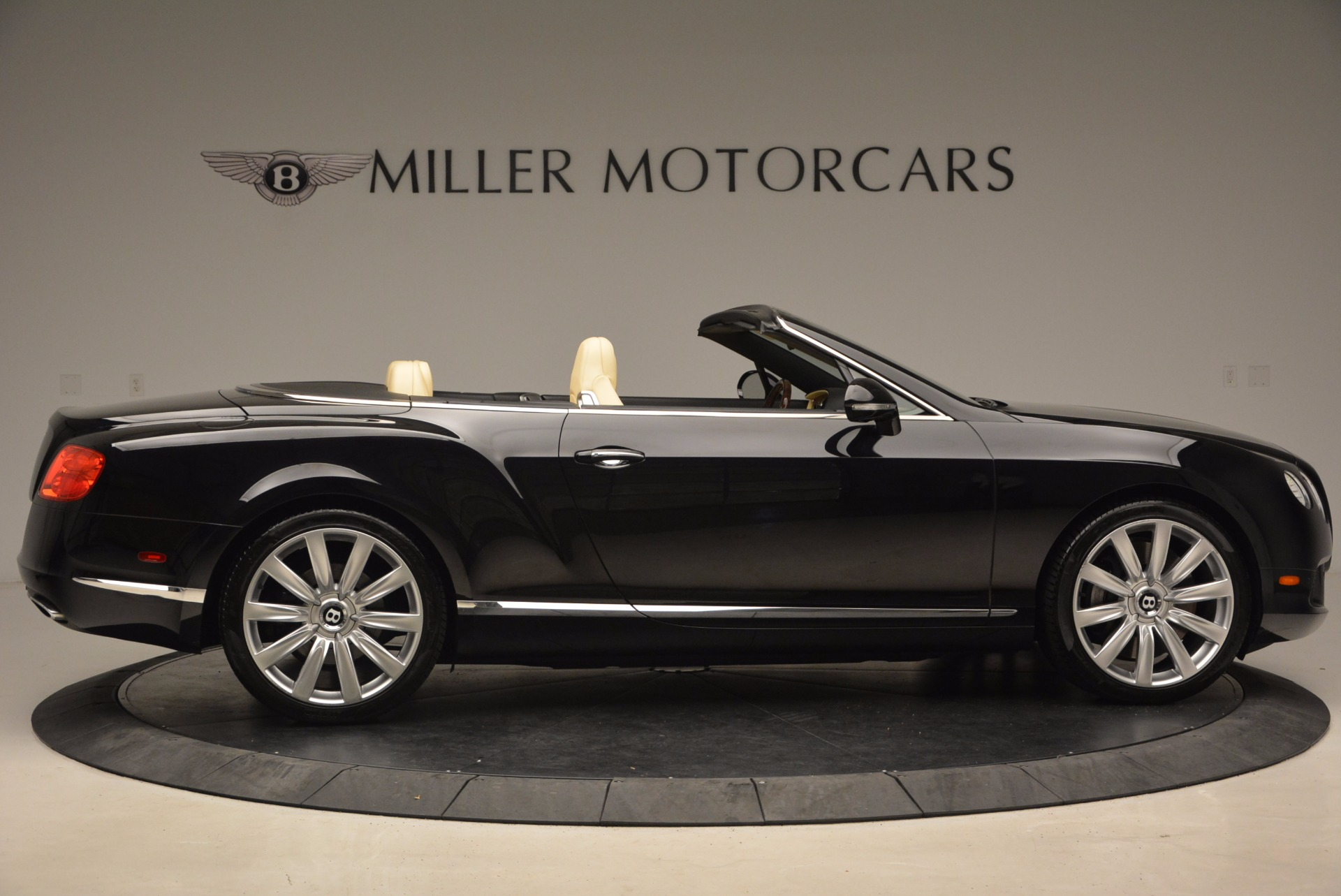 Used 2012 Bentley Continental GT W12 For Sale In Greenwich, CT 1656_p9