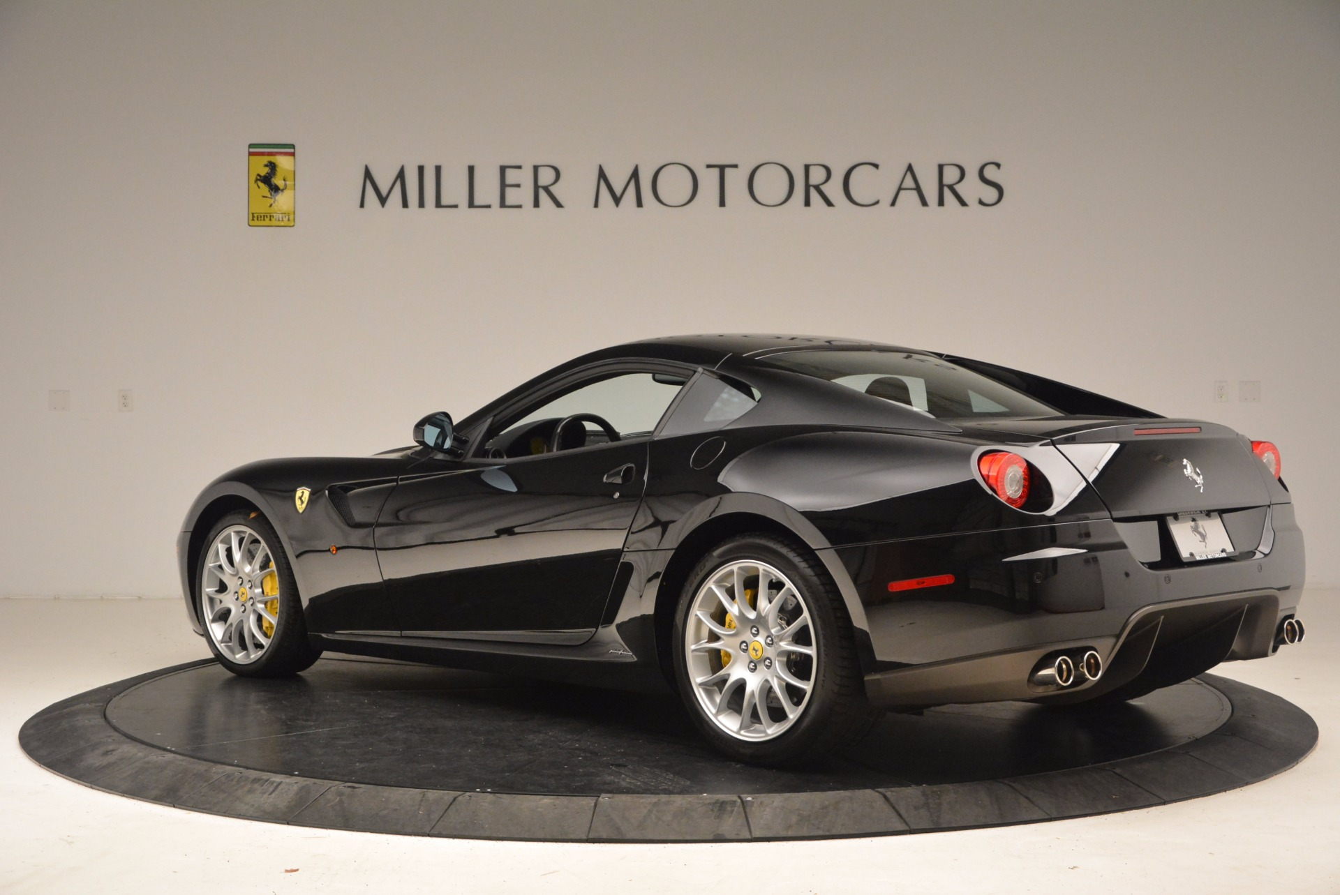 Used 2008 Ferrari 599 GTB Fiorano  For Sale In Greenwich, CT 1663_p4