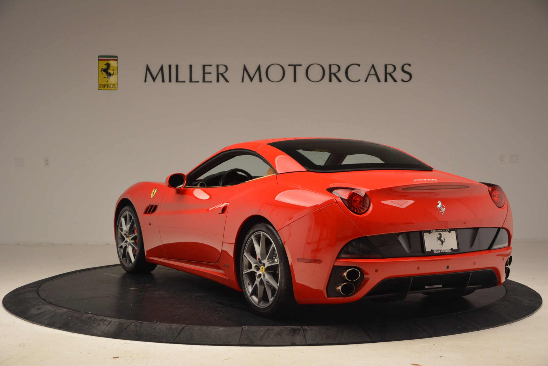Used 2010 Ferrari California  For Sale In Greenwich, CT 1665_p17