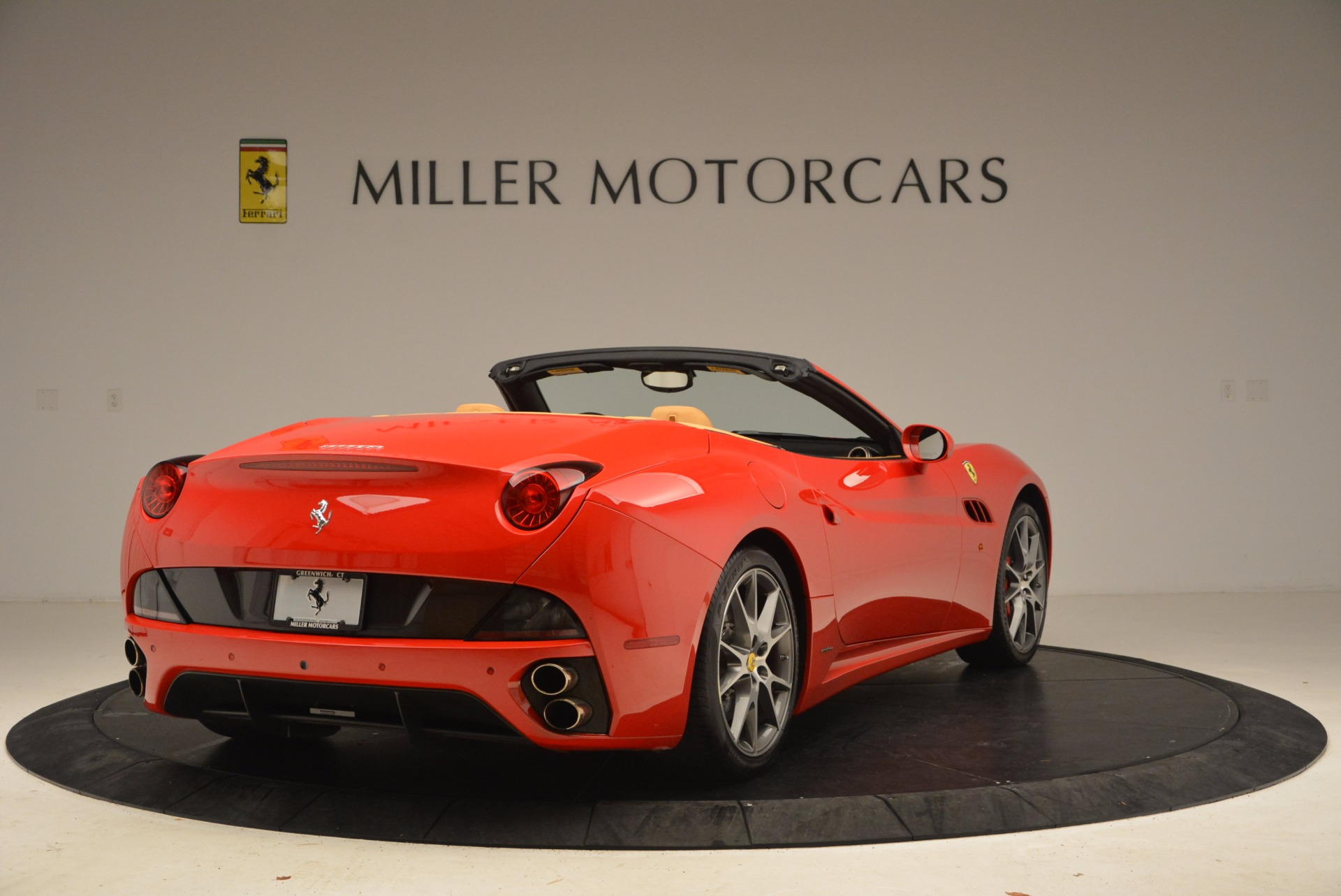 Used 2010 Ferrari California  For Sale In Greenwich, CT 1665_p7