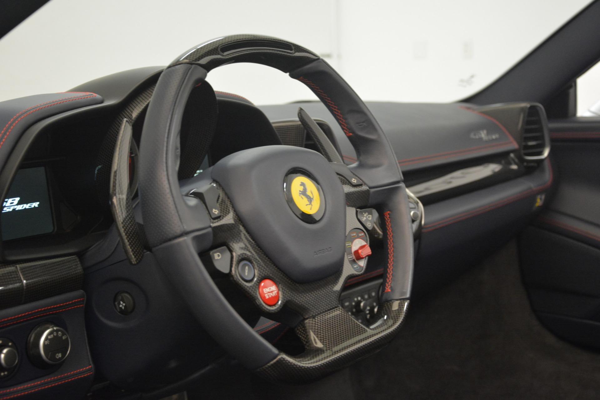 Used 2015 Ferrari 458 Spider  For Sale In Greenwich, CT 1667_p26