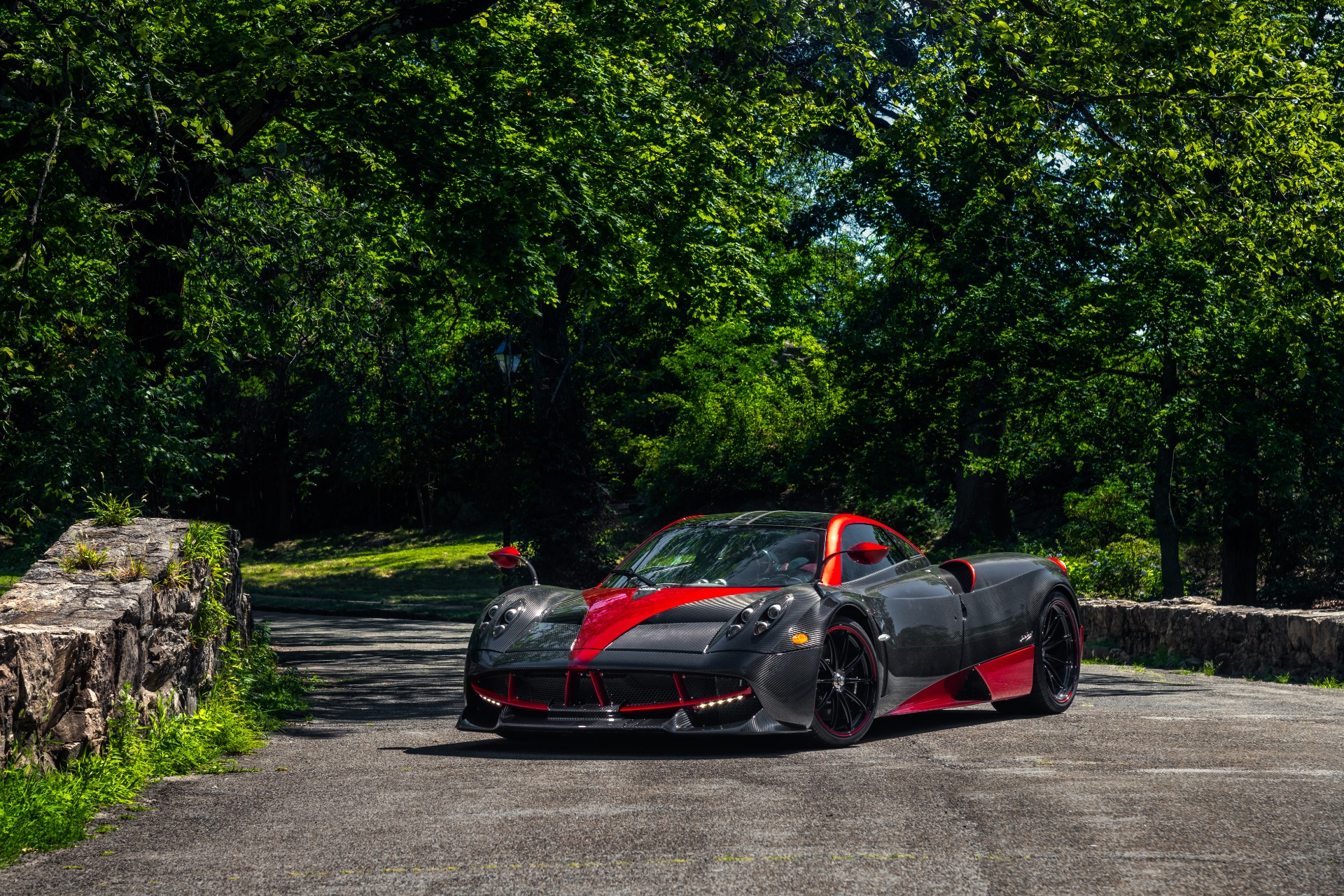 Used 2014 Pagani Huayra Tempesta For Sale In Greenwich, CT 1668_p2