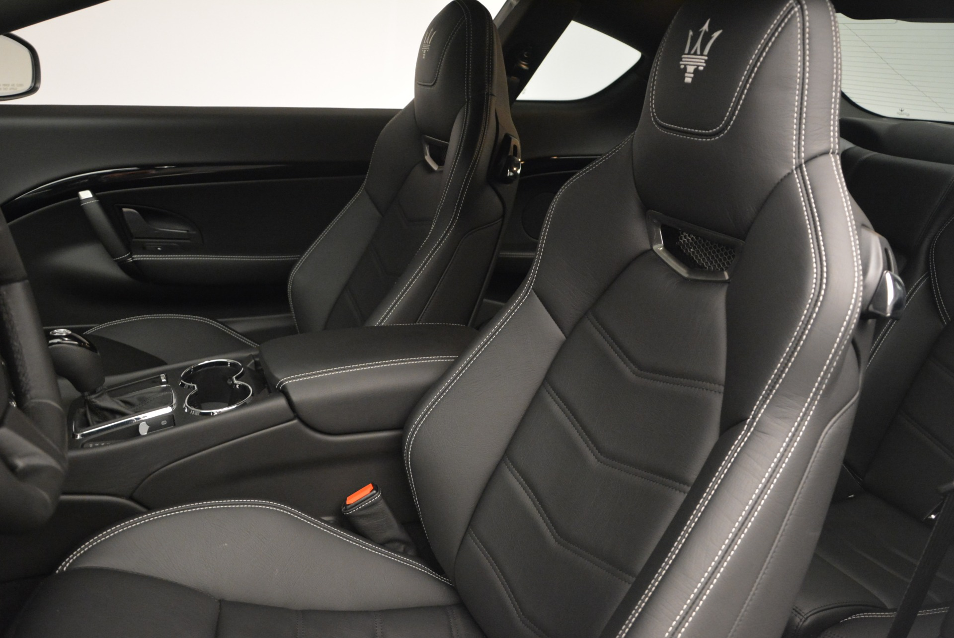 New 2016 Maserati GranTurismo Sport For Sale In Greenwich, CT 167_p19