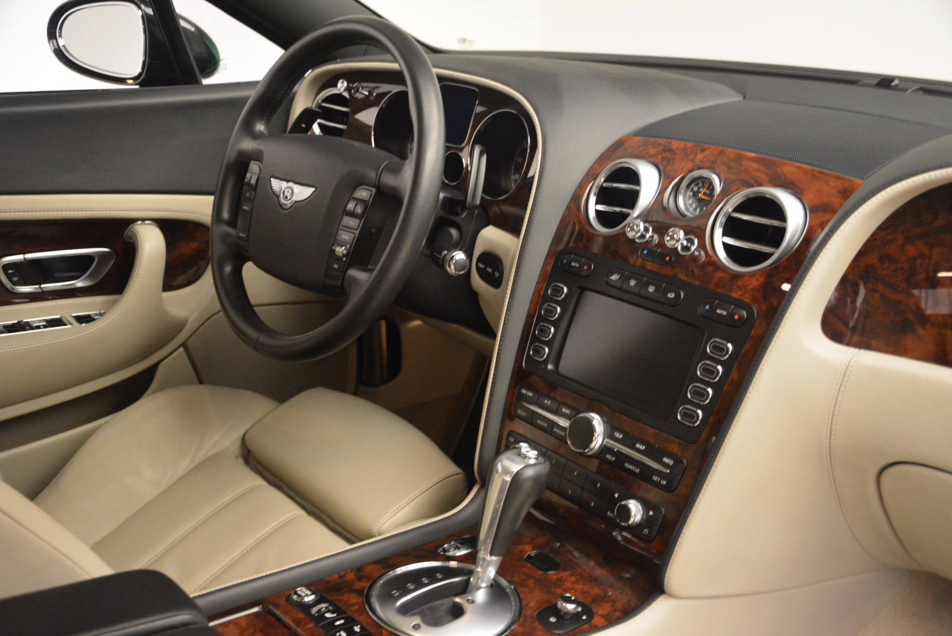 Used 2005 Bentley Continental GT W12 For Sale In Greenwich, CT 1677_p30