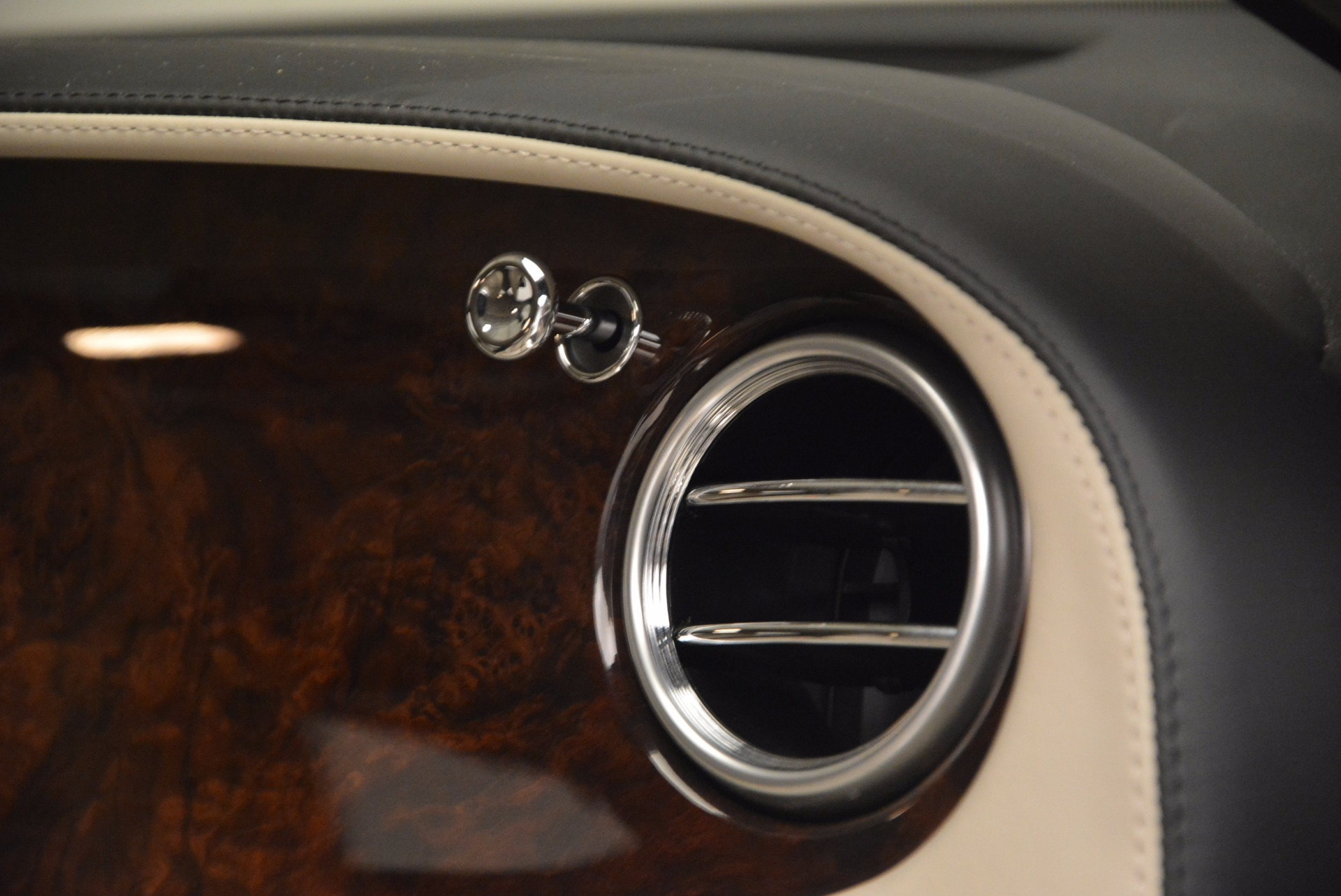 Used 2005 Bentley Continental GT W12 For Sale In Greenwich, CT 1677_p32