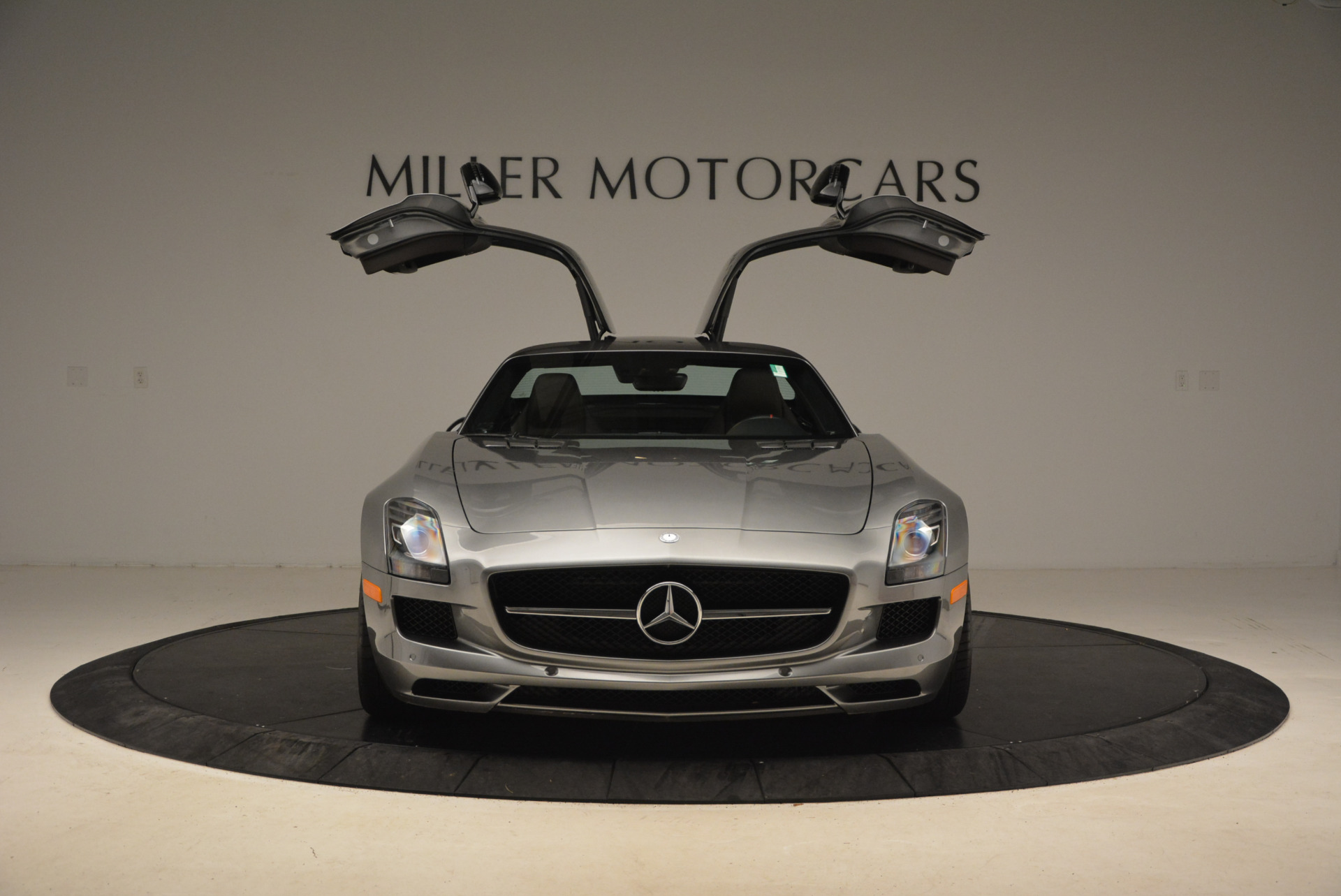 Used 2014 Mercedes-Benz SLS AMG GT For Sale In Greenwich, CT 1694_p16