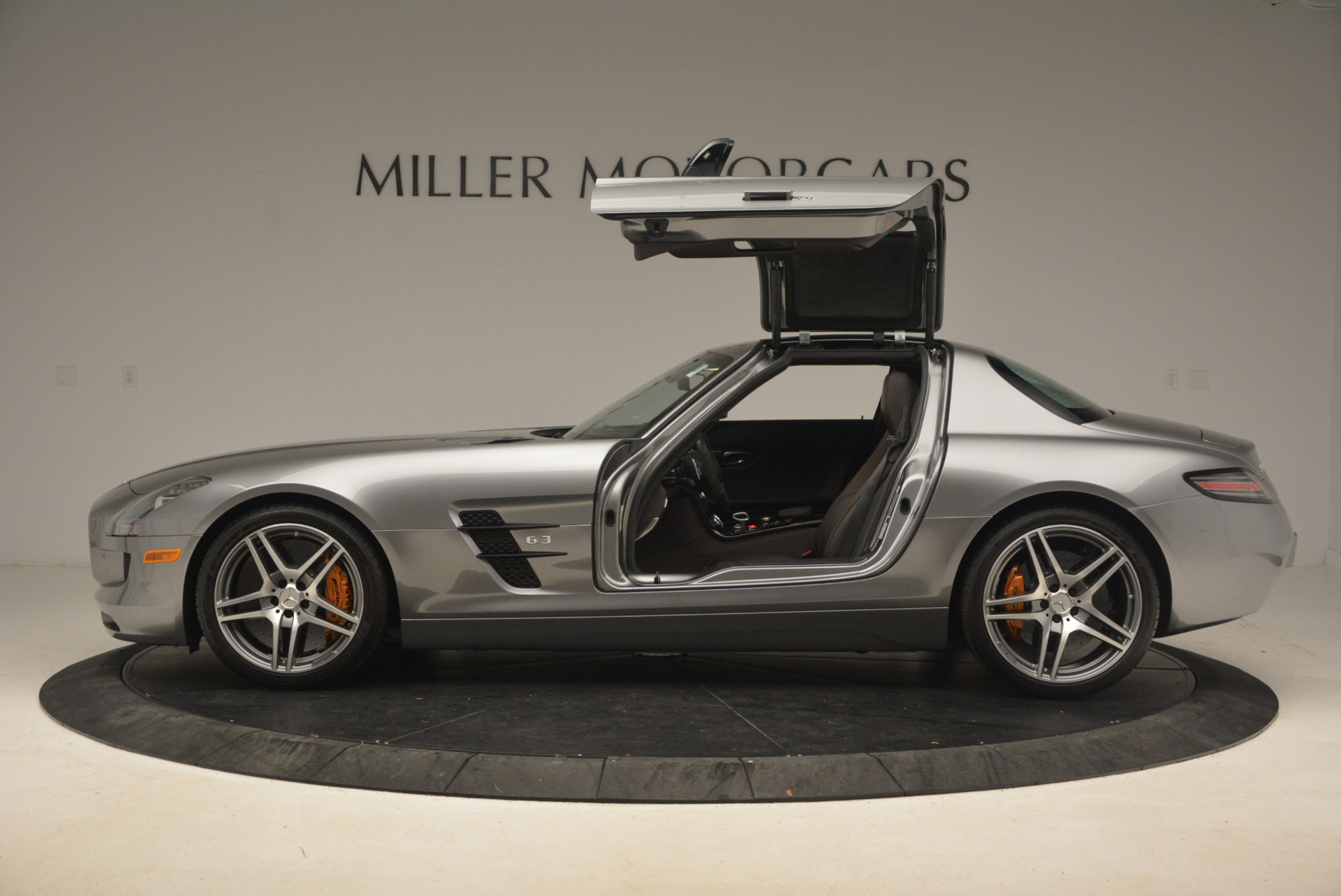 Used 2014 Mercedes-Benz SLS AMG GT For Sale In Greenwich, CT 1694_p4