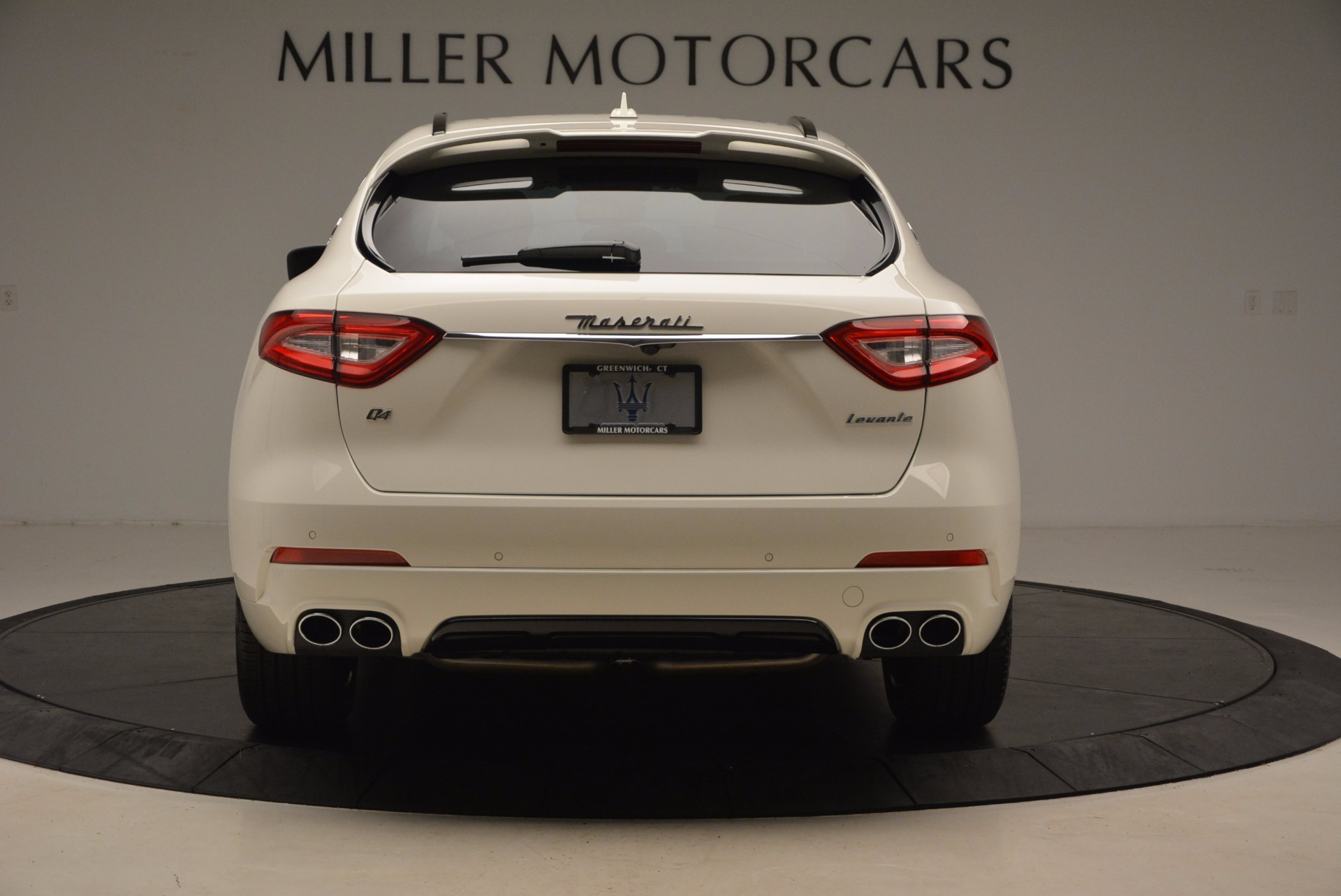 New 2018 Maserati Levante Q4 GranLusso For Sale In Greenwich, CT 1708_p6