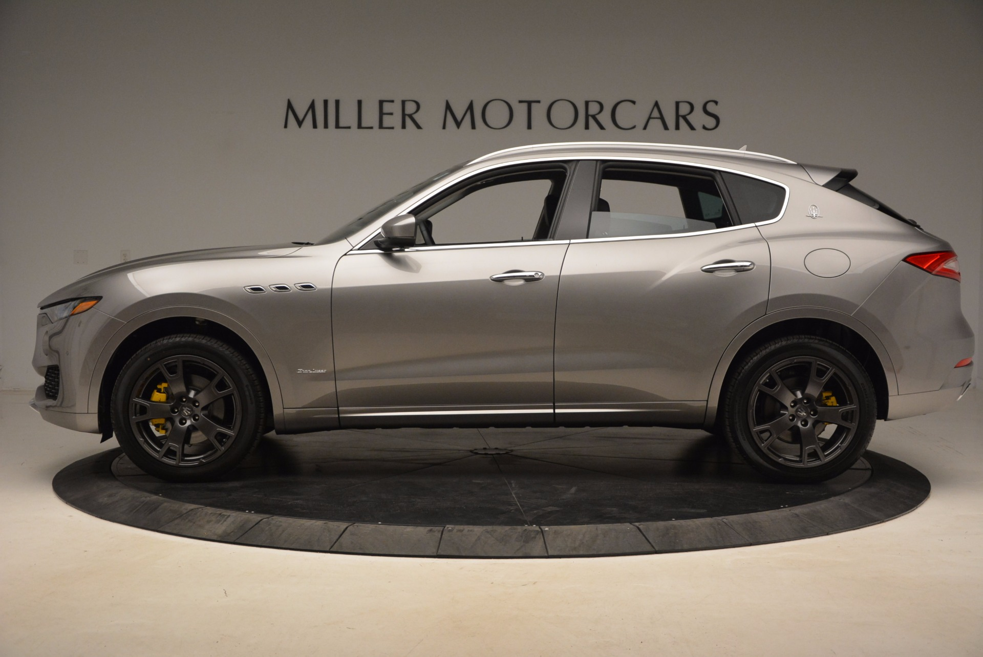 New 2018 Maserati Levante Q4 GranLusso For Sale In Greenwich, CT 1709_p3