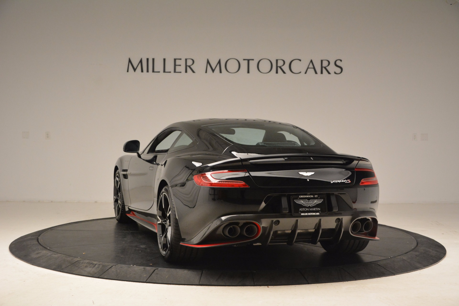 Used 2018 Aston Martin Vanquish S  For Sale In Greenwich, CT 1710_p5