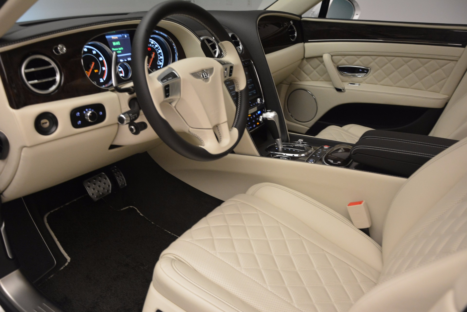 New 2017 Bentley Flying Spur W12 For Sale In Greenwich, CT 1712_p23