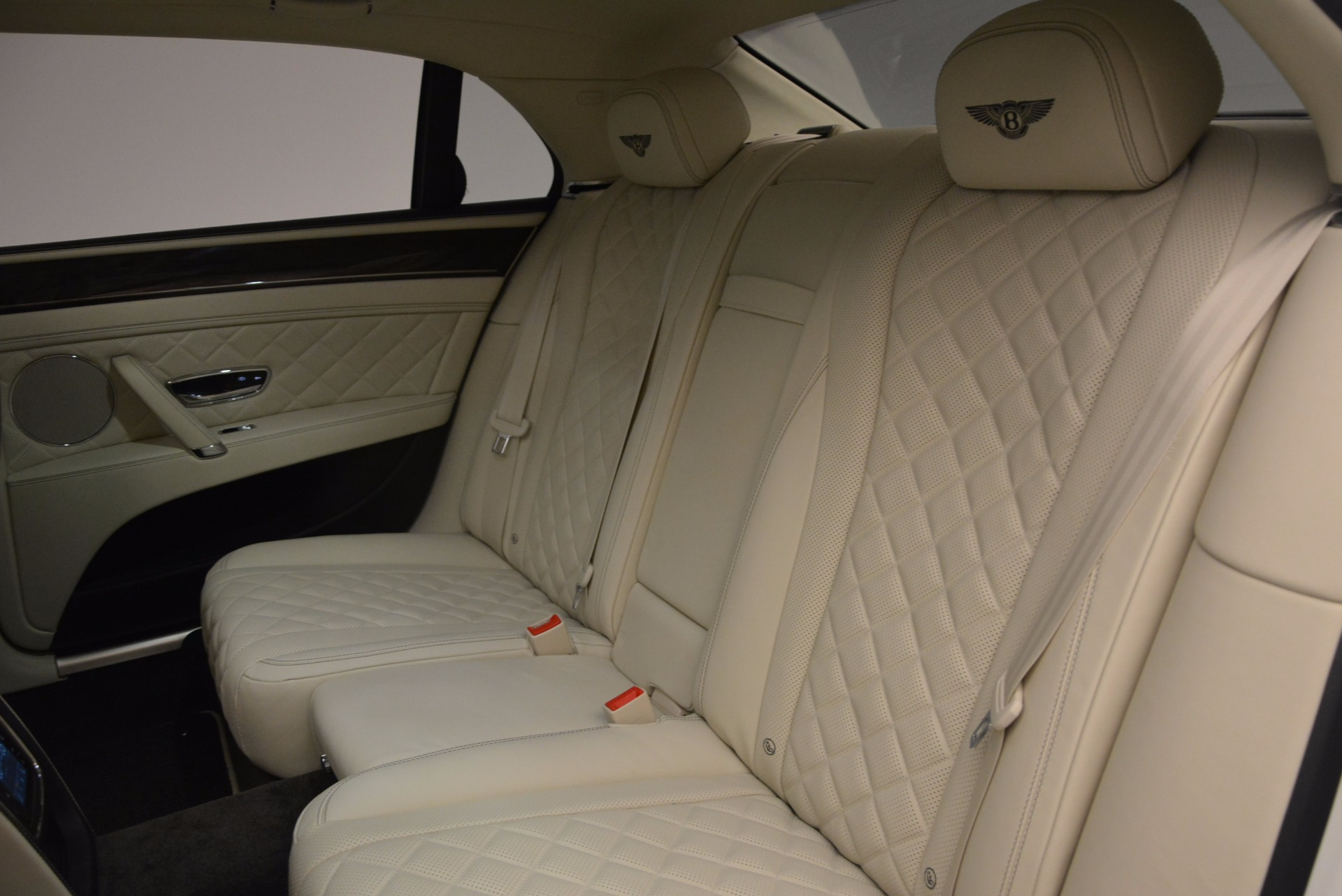 New 2017 Bentley Flying Spur W12 For Sale In Greenwich, CT 1712_p35