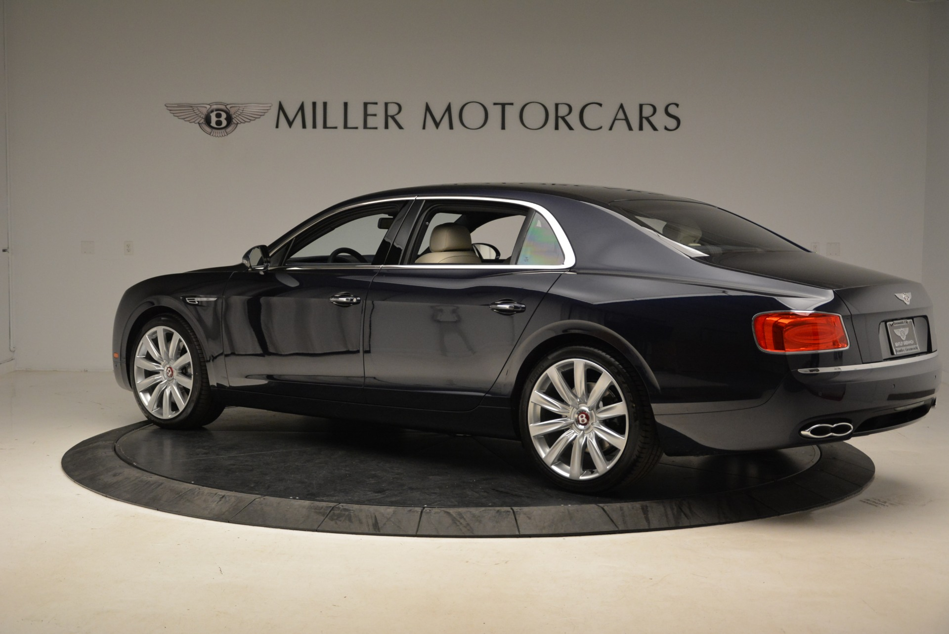 New 2017 Bentley Flying Spur V8 For Sale In Greenwich, CT 1713_p4