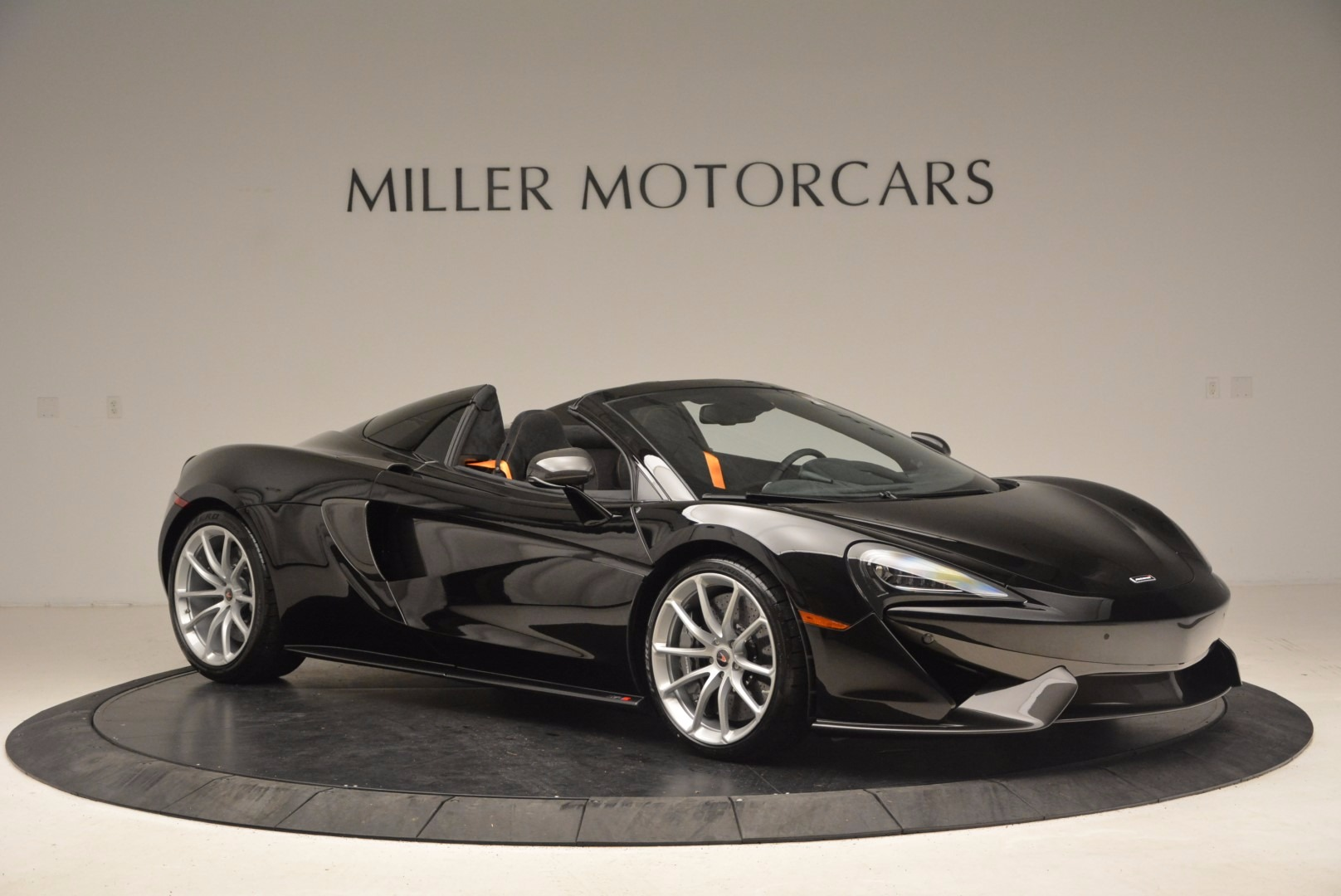Used 2018 McLaren 570S Spider For Sale In Greenwich, CT 1716_p10