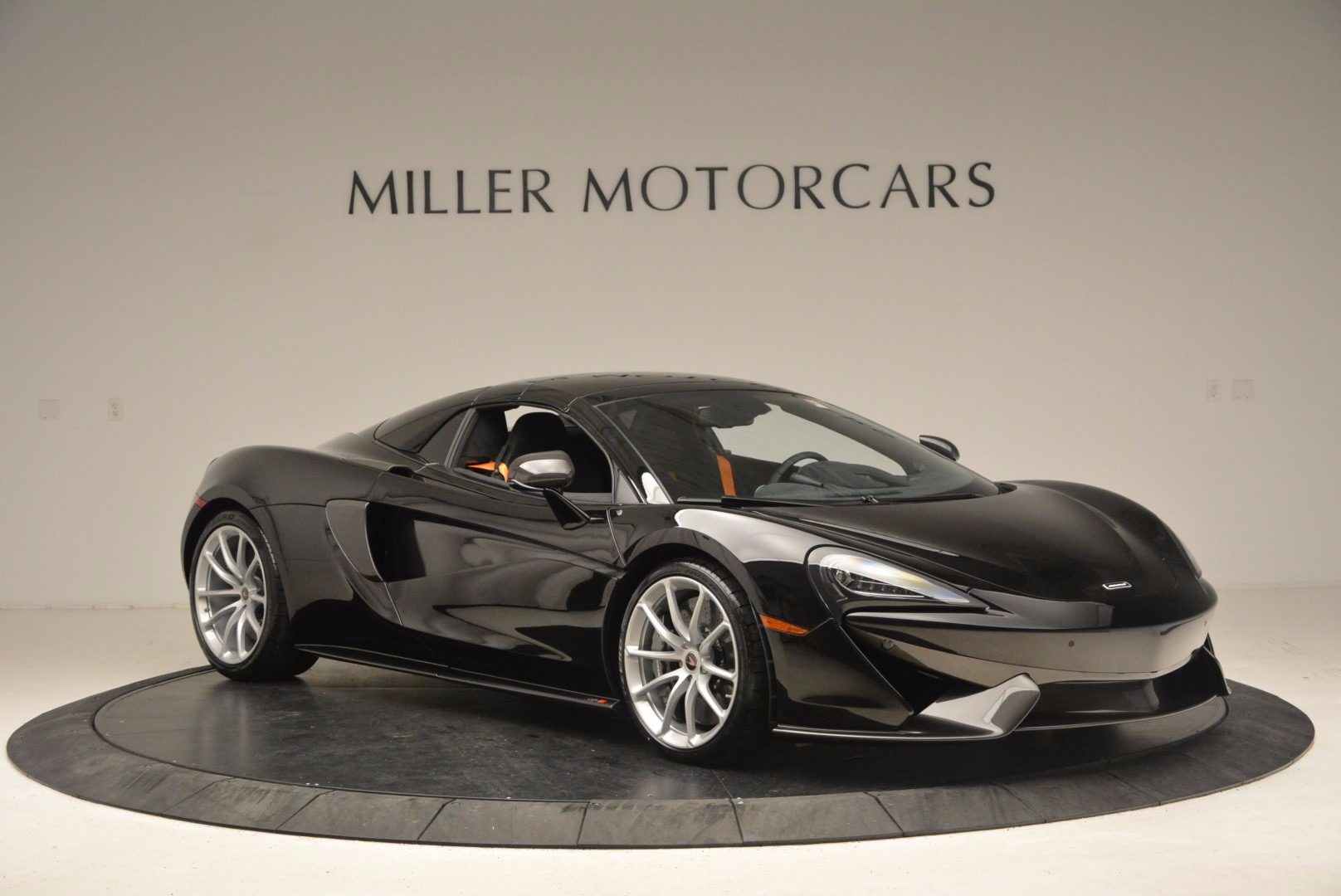 Used 2018 McLaren 570S Spider For Sale In Greenwich, CT 1716_p19