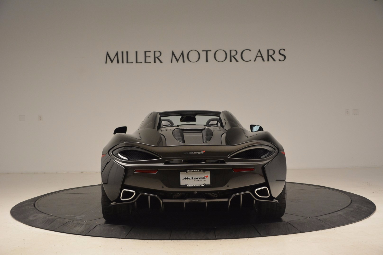 Used 2018 McLaren 570S Spider For Sale In Greenwich, CT 1716_p6