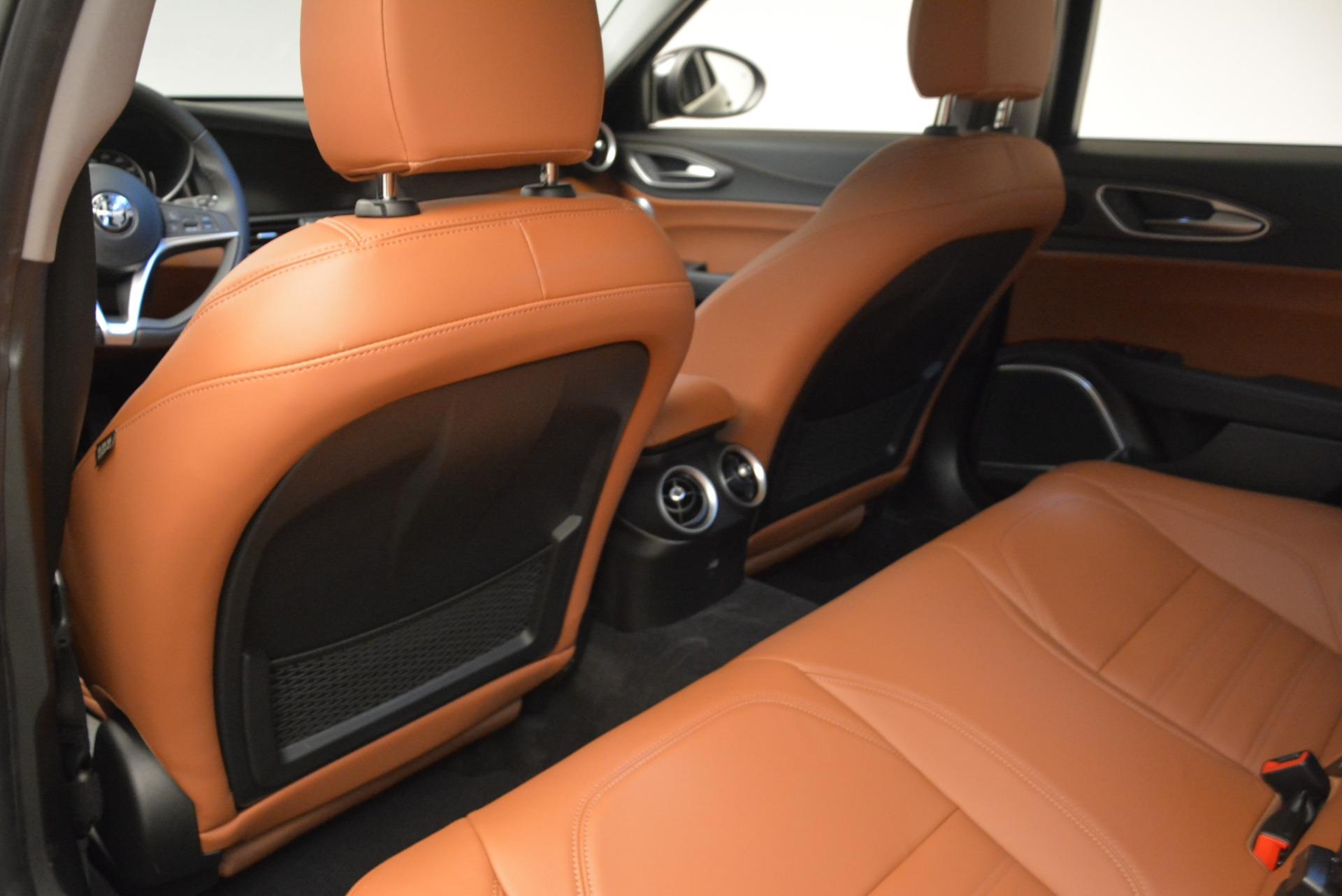 New 2018 Alfa Romeo Giulia Ti Lusso Q4 For Sale In Greenwich, CT 1721_p17
