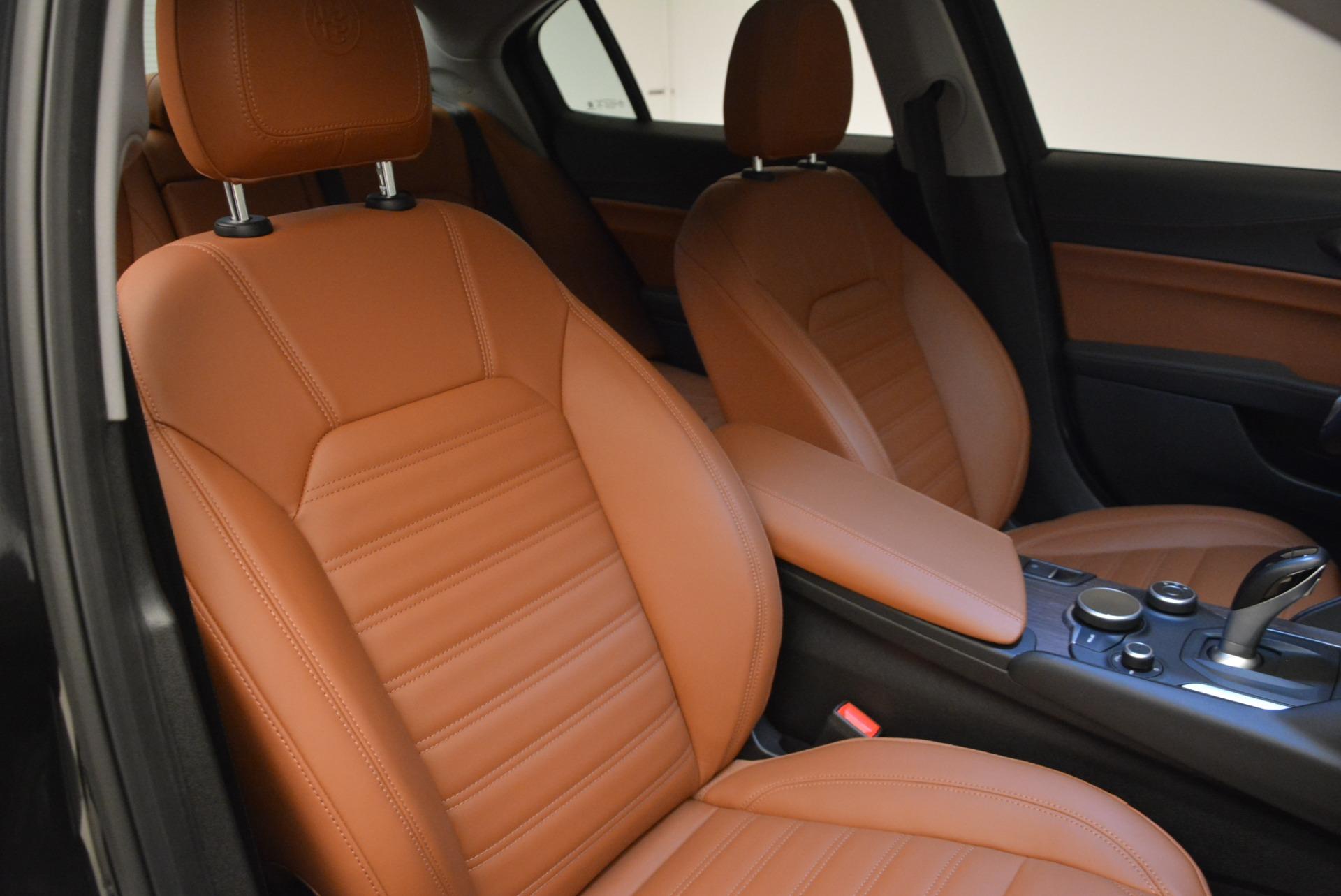 New 2018 Alfa Romeo Giulia Ti Lusso Q4 For Sale In Greenwich, CT 1721_p23