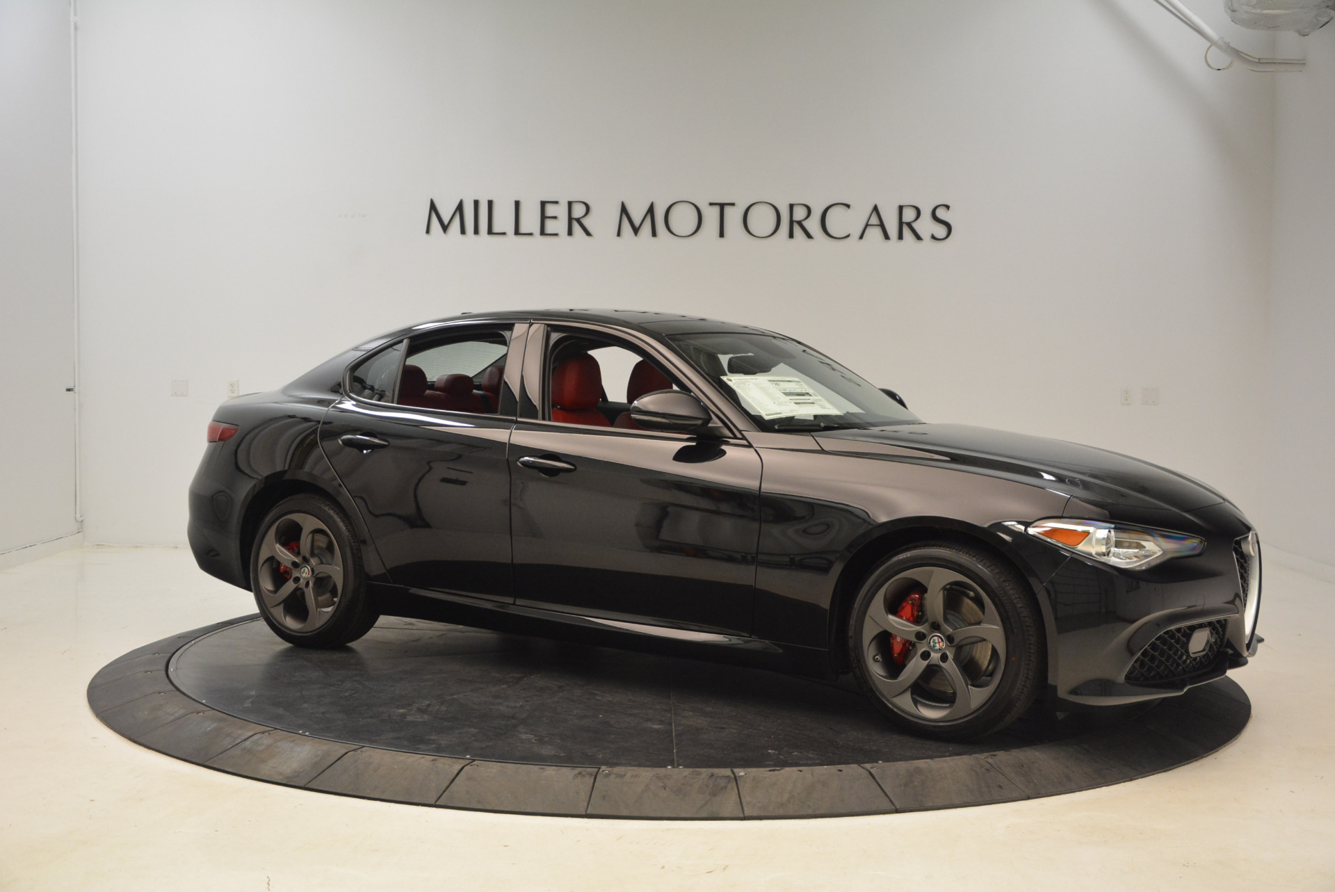 New 2018 Alfa Romeo Giulia Ti Sport Q4 For Sale In Greenwich, CT 1724_p10