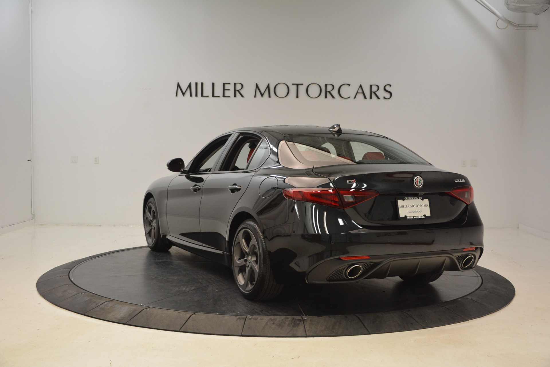 New 2018 Alfa Romeo Giulia Ti Sport Q4 For Sale In Greenwich, CT 1724_p5