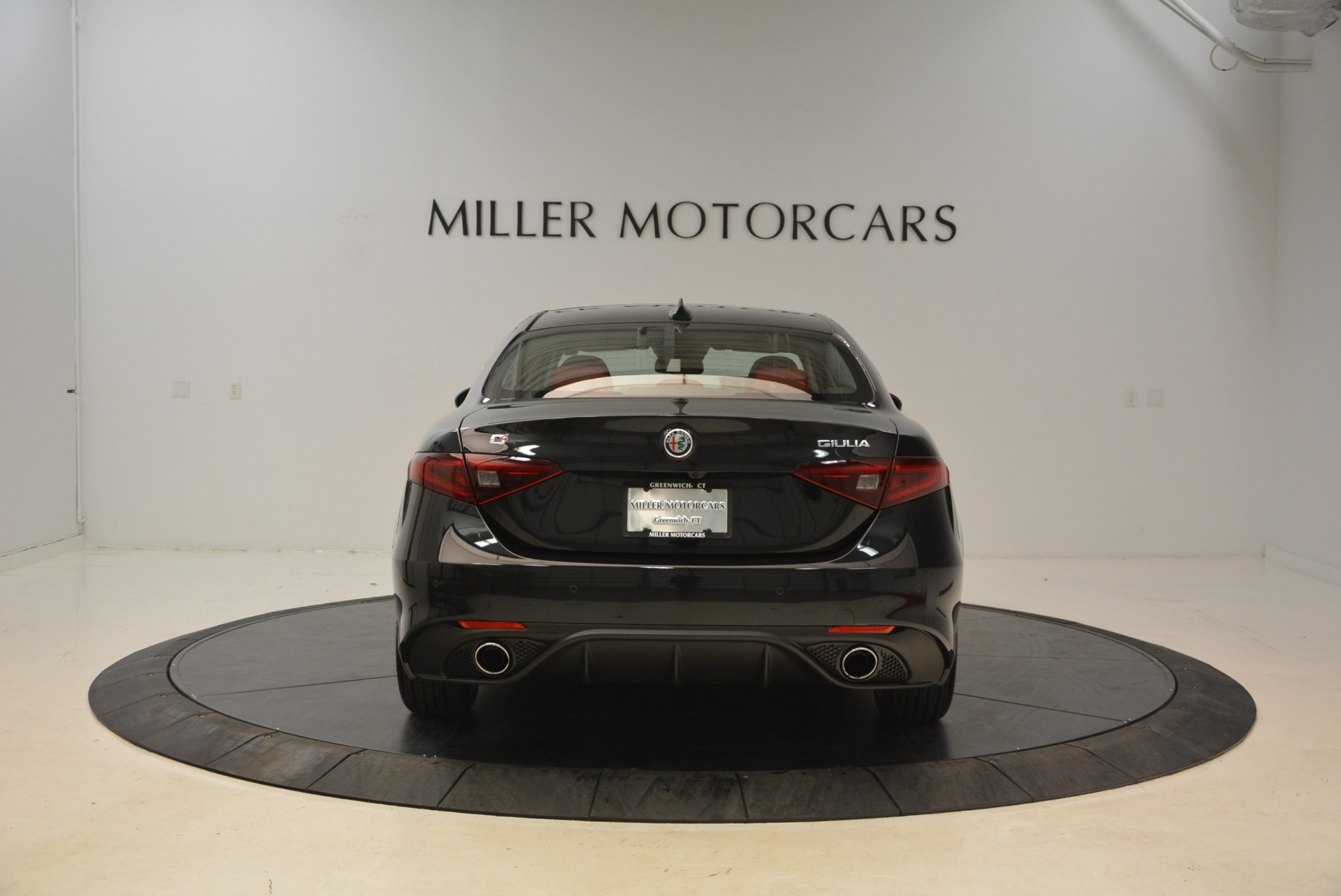 New 2018 Alfa Romeo Giulia Ti Sport Q4 For Sale In Greenwich, CT 1724_p6