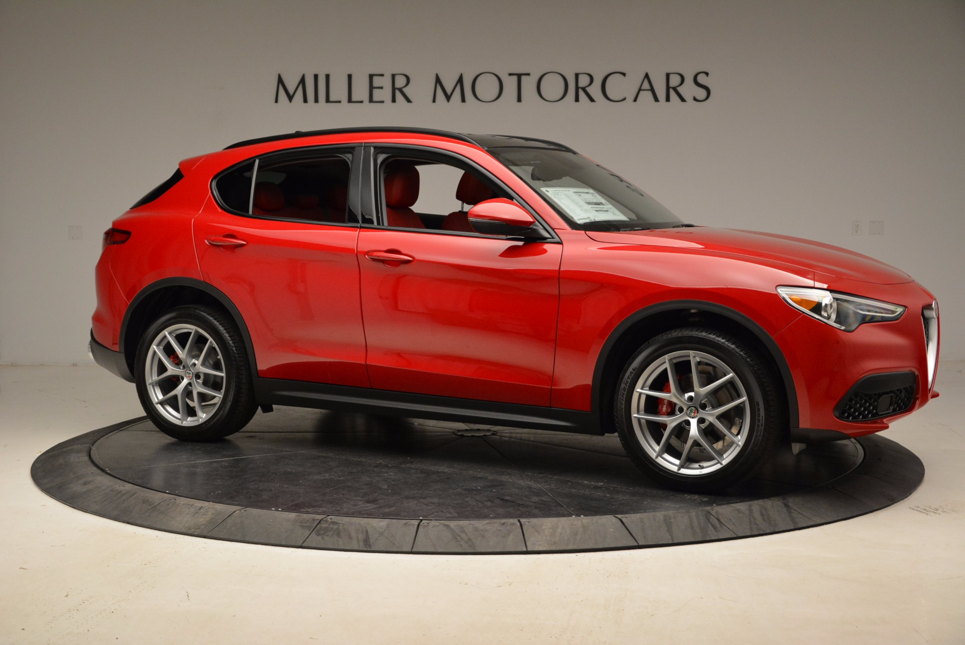New 2018 Alfa Romeo Stelvio Sport Q4 For Sale In Greenwich, CT 1725_p10