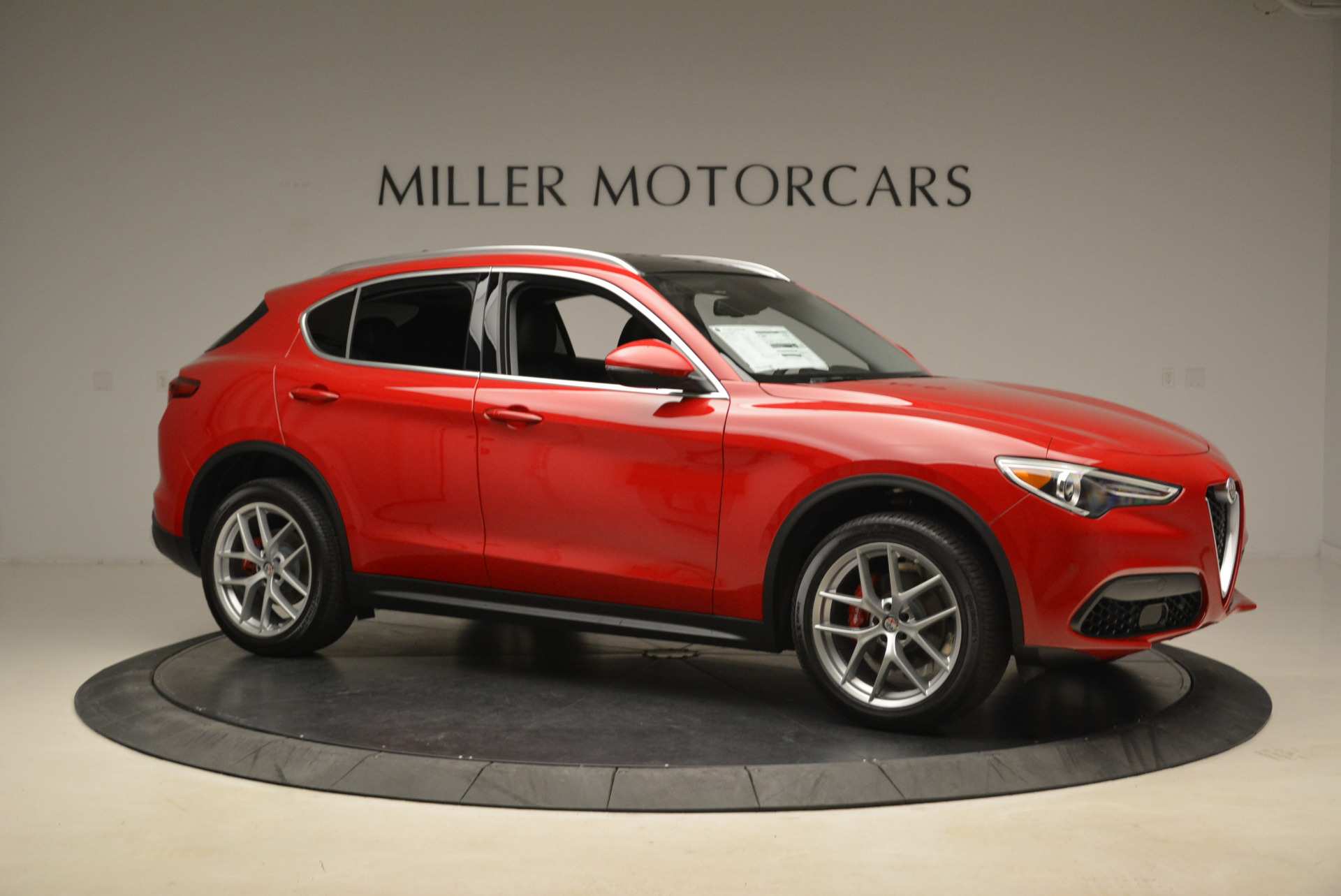 New 2018 Alfa Romeo Stelvio Q4 For Sale In Greenwich, CT 1726_p10