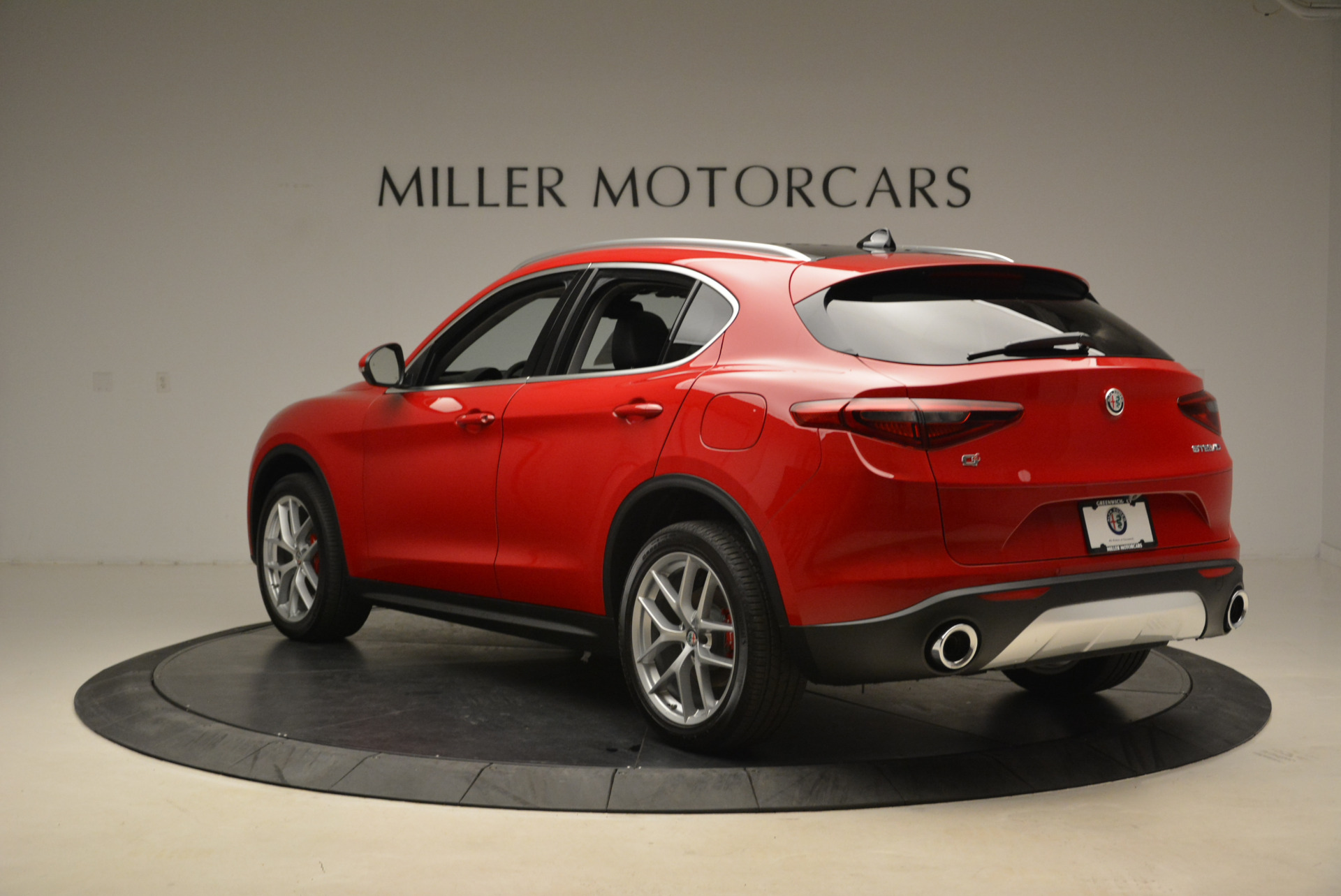 New 2018 Alfa Romeo Stelvio Q4 For Sale In Greenwich, CT 1726_p5