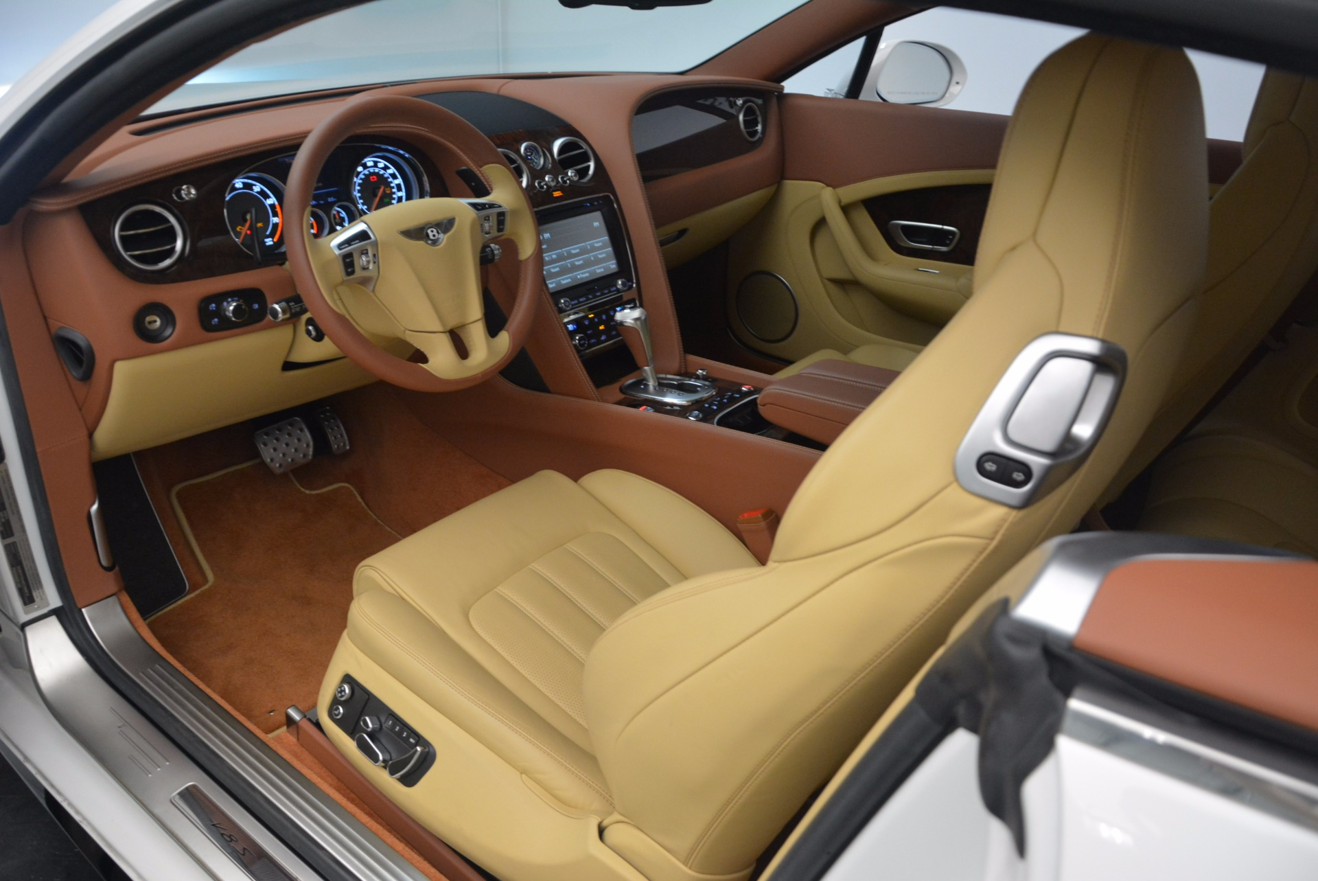 Used 2014 Bentley Continental GT V8 S For Sale In Greenwich, CT 1733_p23