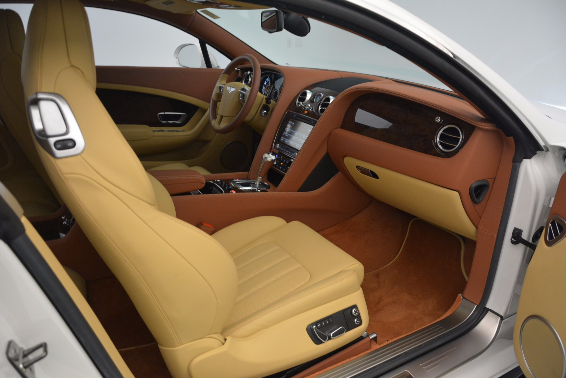 Used 2014 Bentley Continental GT V8 S For Sale In Greenwich, CT 1733_p40