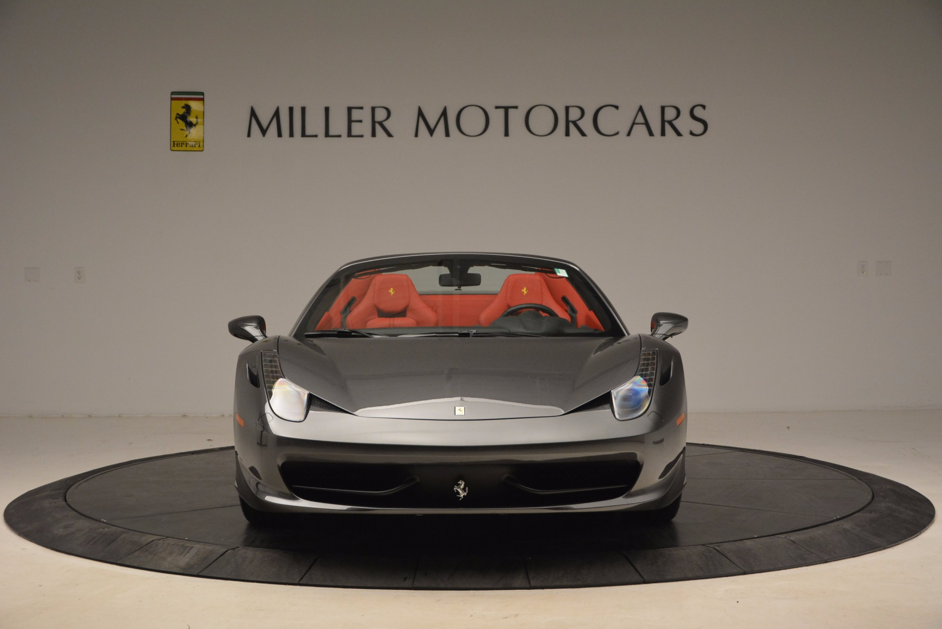 Used 2014 Ferrari 458 Spider  For Sale In Greenwich, CT 1734_p12