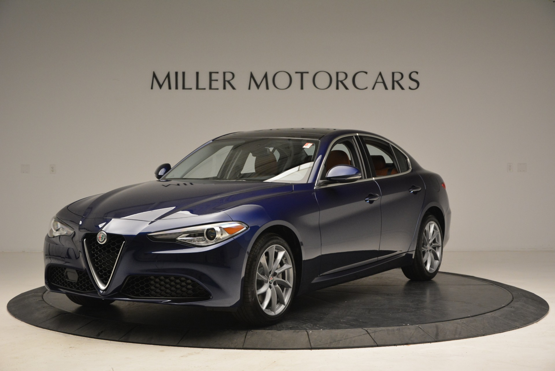 New 2018 Alfa Romeo Giulia Q4 For Sale In Greenwich, CT 1755_main