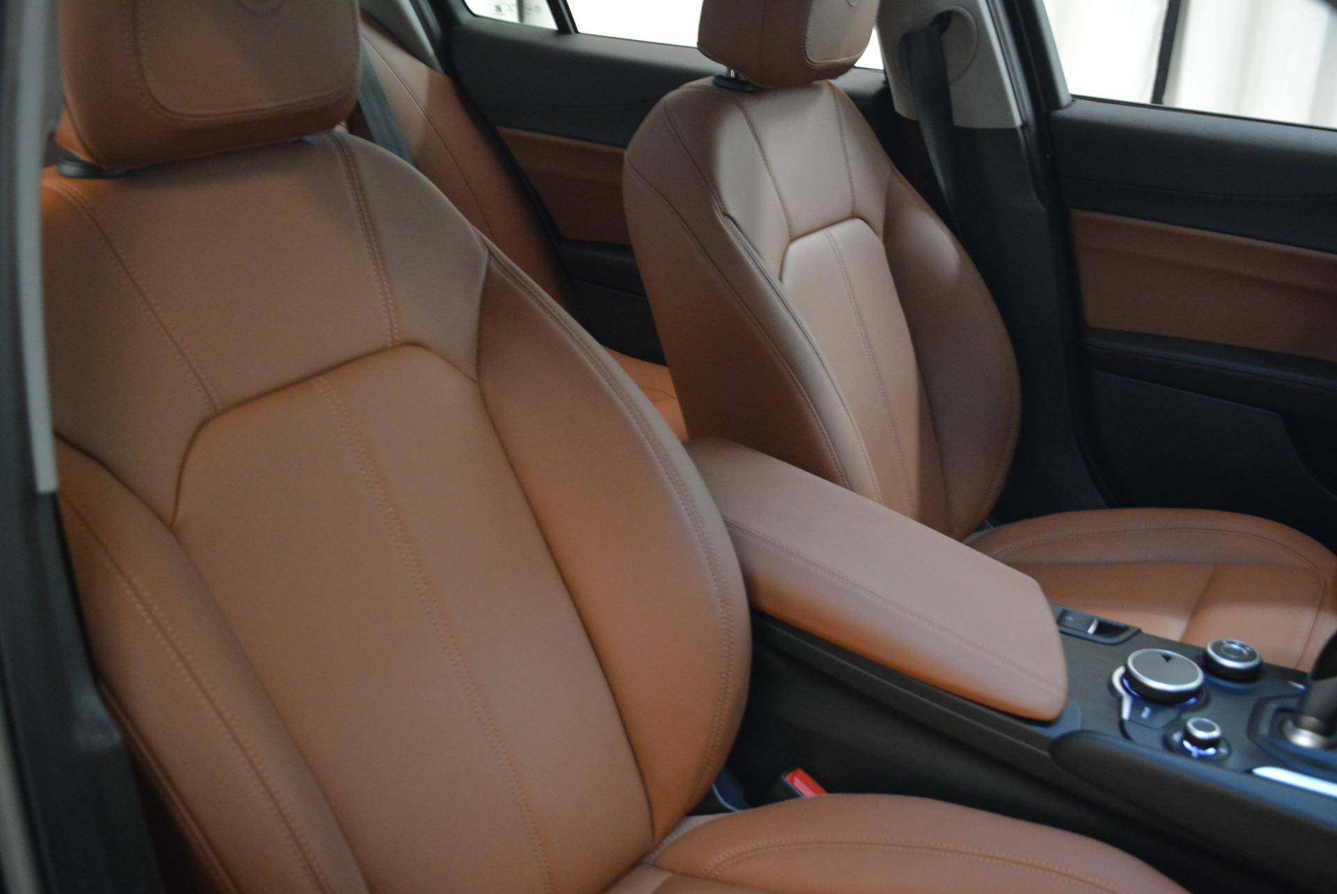 New 2018 Alfa Romeo Giulia Q4 For Sale In Greenwich, CT 1762_p21