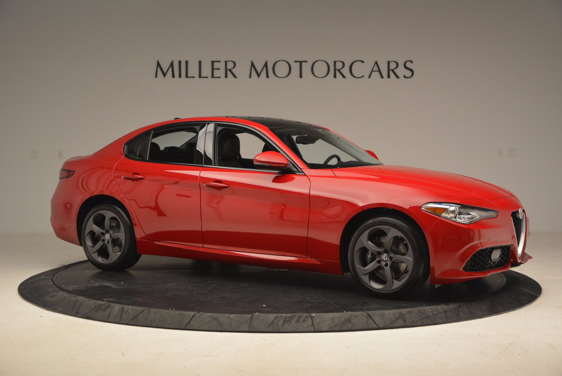 New 2018 Alfa Romeo Giulia Ti Sport Q4 For Sale In Greenwich, CT 1768_p10