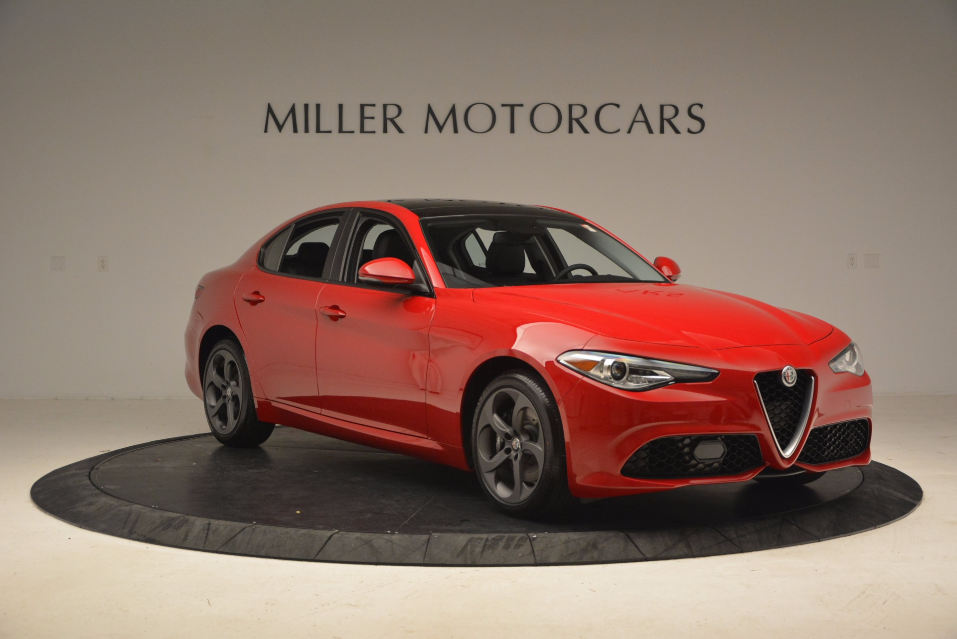 New 2018 Alfa Romeo Giulia Ti Sport Q4 For Sale In Greenwich, CT 1768_p11