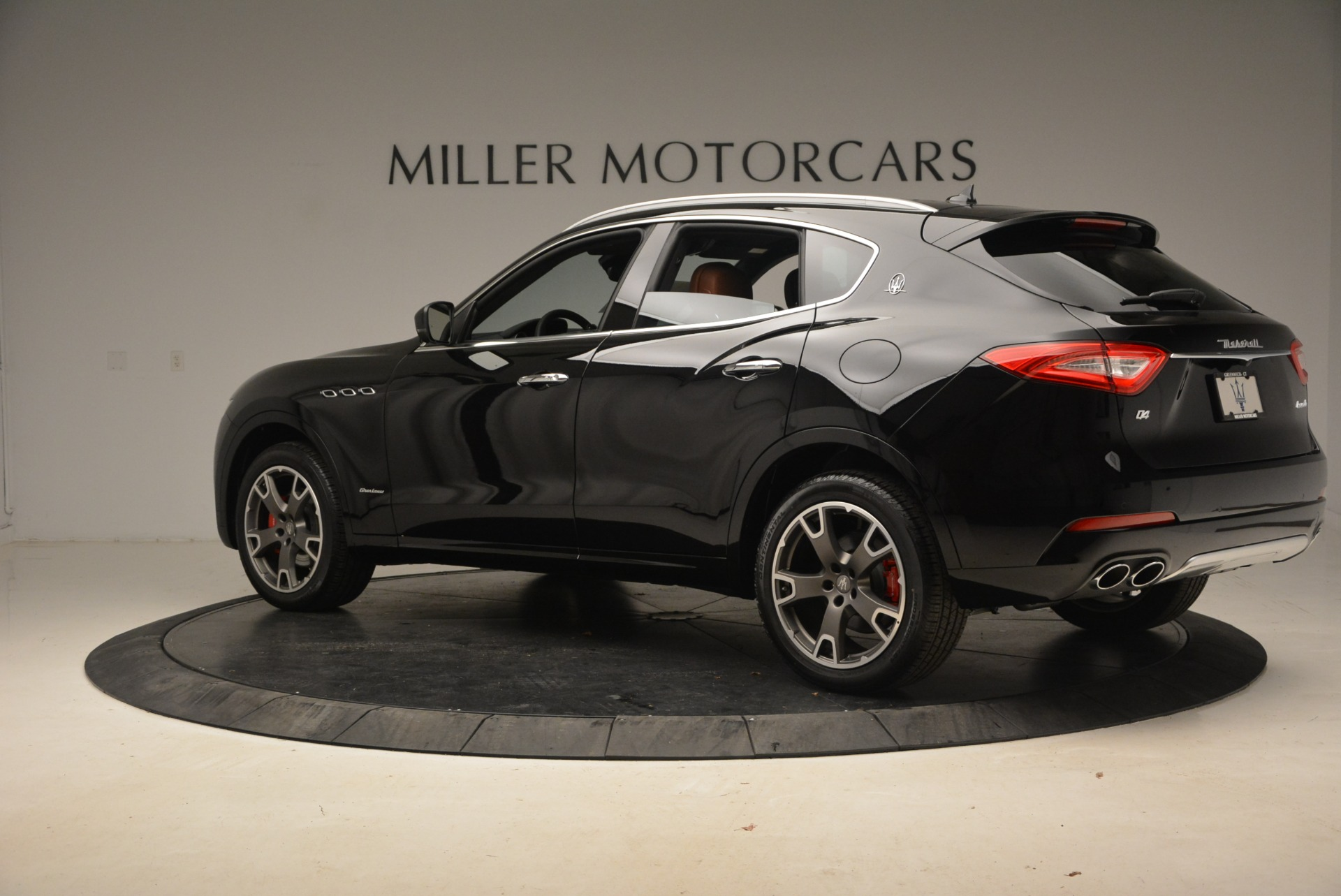 New 2018 Maserati Levante Q4 GranLusso For Sale In Greenwich, CT 1770_p4