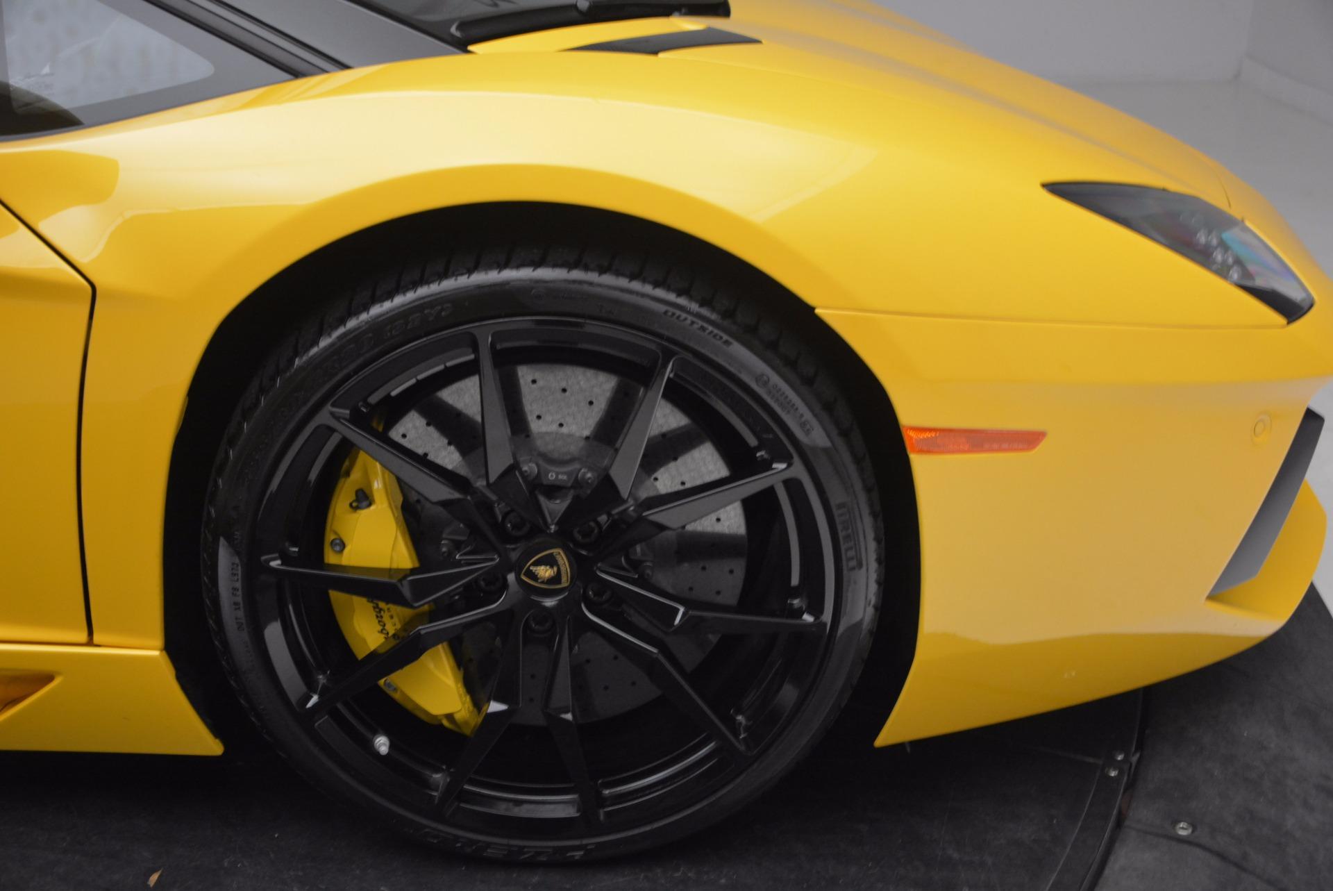 Used 2015 Lamborghini Aventador LP 700-4 Roadster For Sale In Greenwich, CT 1774_p27