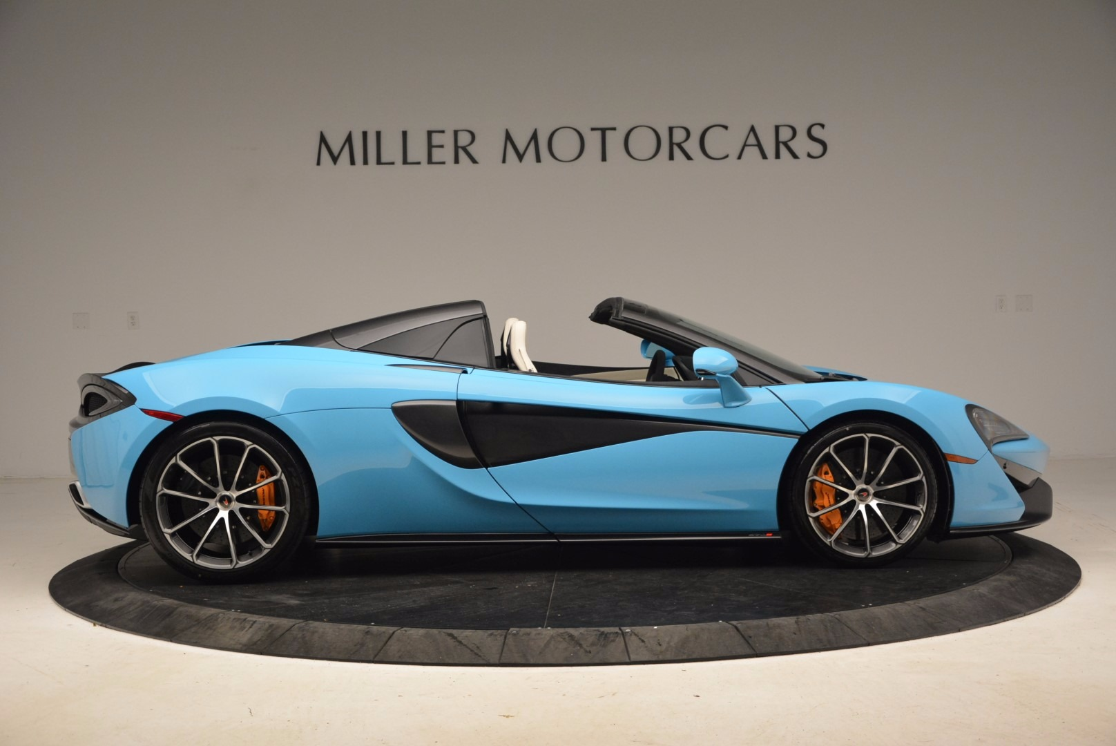 New 2018 McLaren 570S Spider For Sale In Greenwich, CT 1775_p9