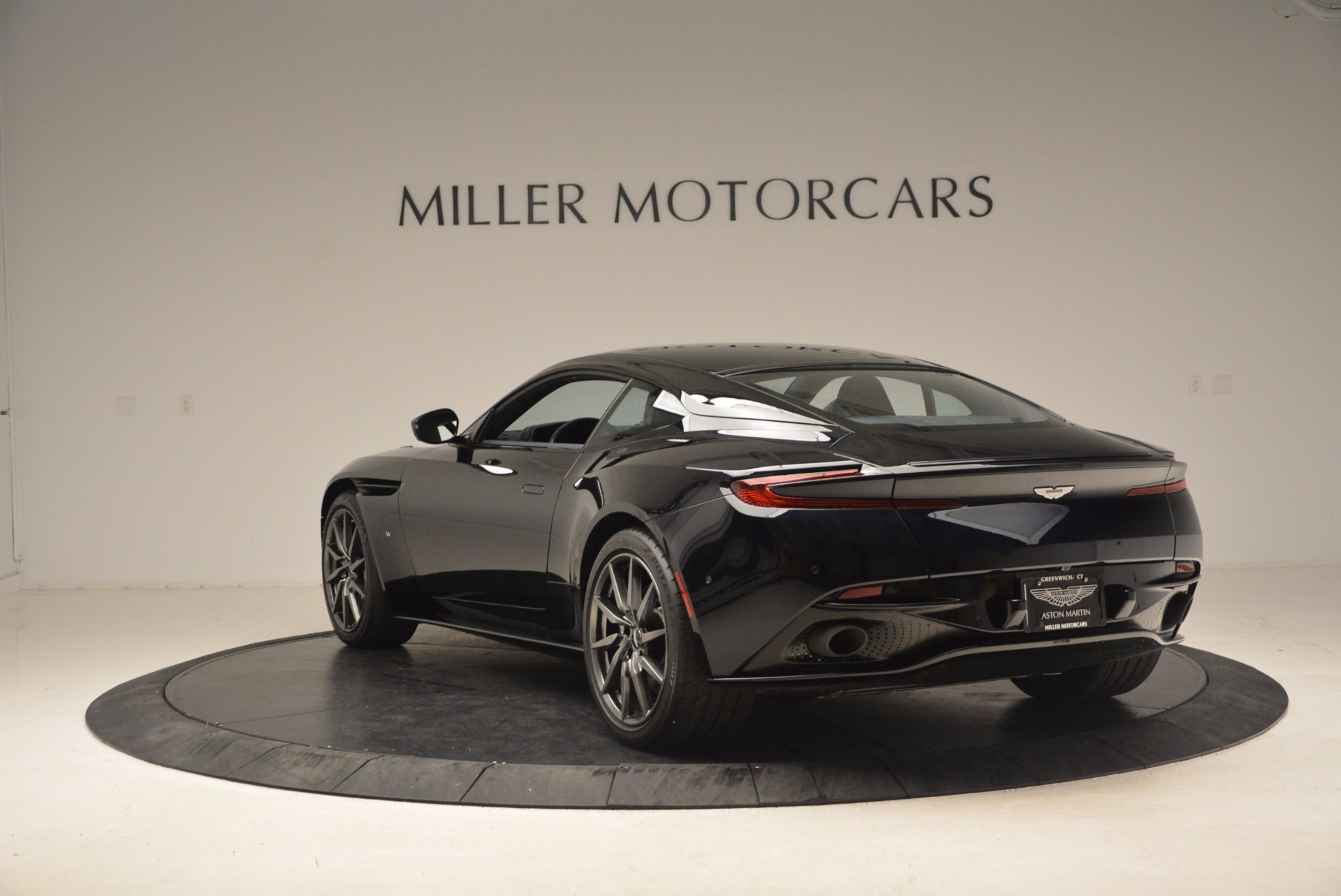 Used 2017 Aston Martin DB11  For Sale In Greenwich, CT 1786_p5