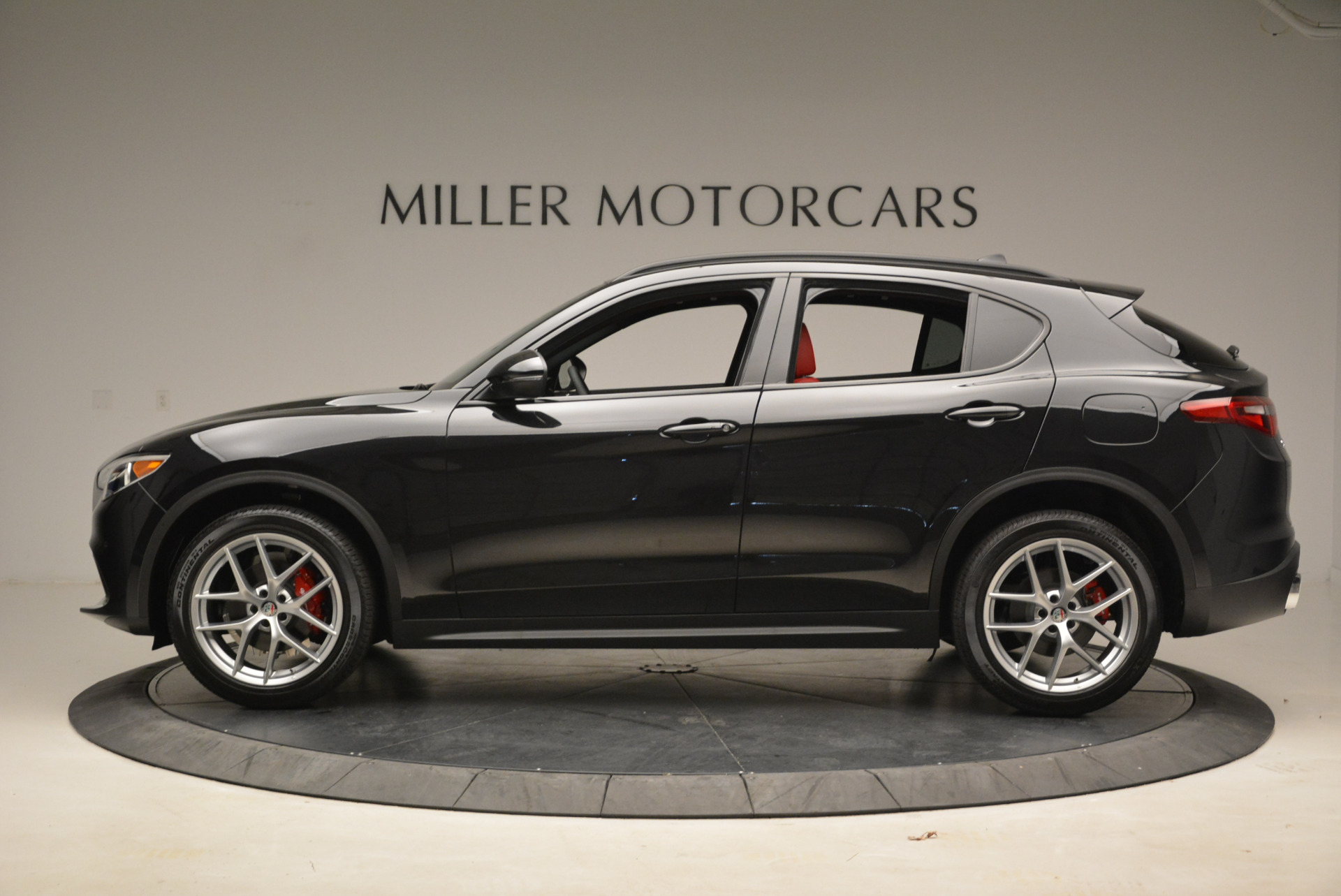 New 2018 Alfa Romeo Stelvio Ti Sport Q4 For Sale In Greenwich, CT 1789_p3